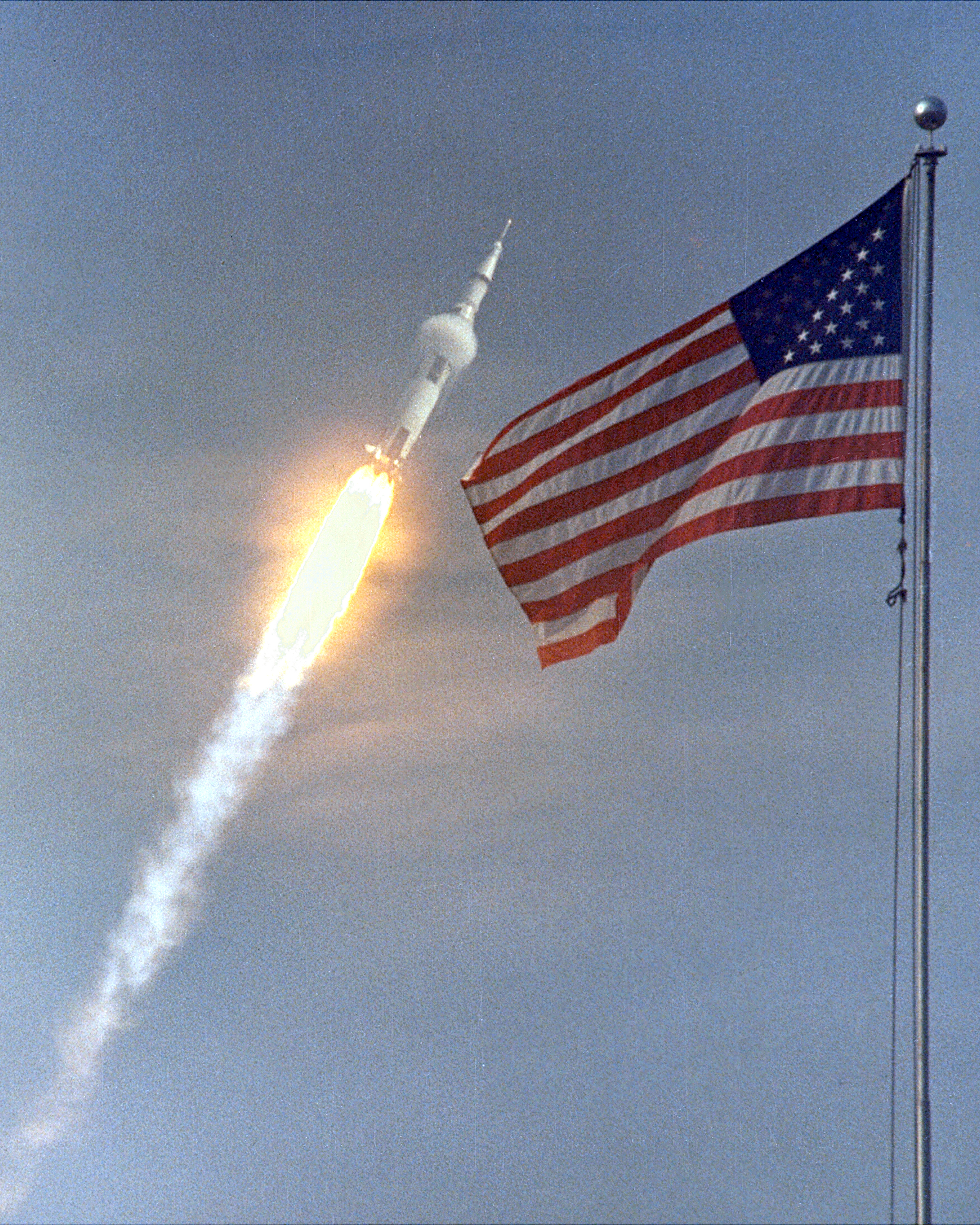 Figure \((1)\): Behold—THE BEST rocket—from back when America went places... Image Credit:  NASA