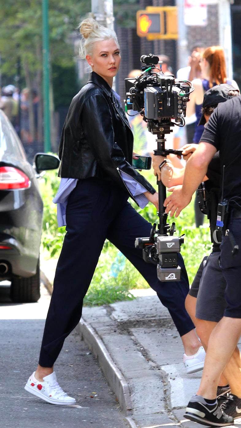 Karlie Kloss in La Rosa Kicks