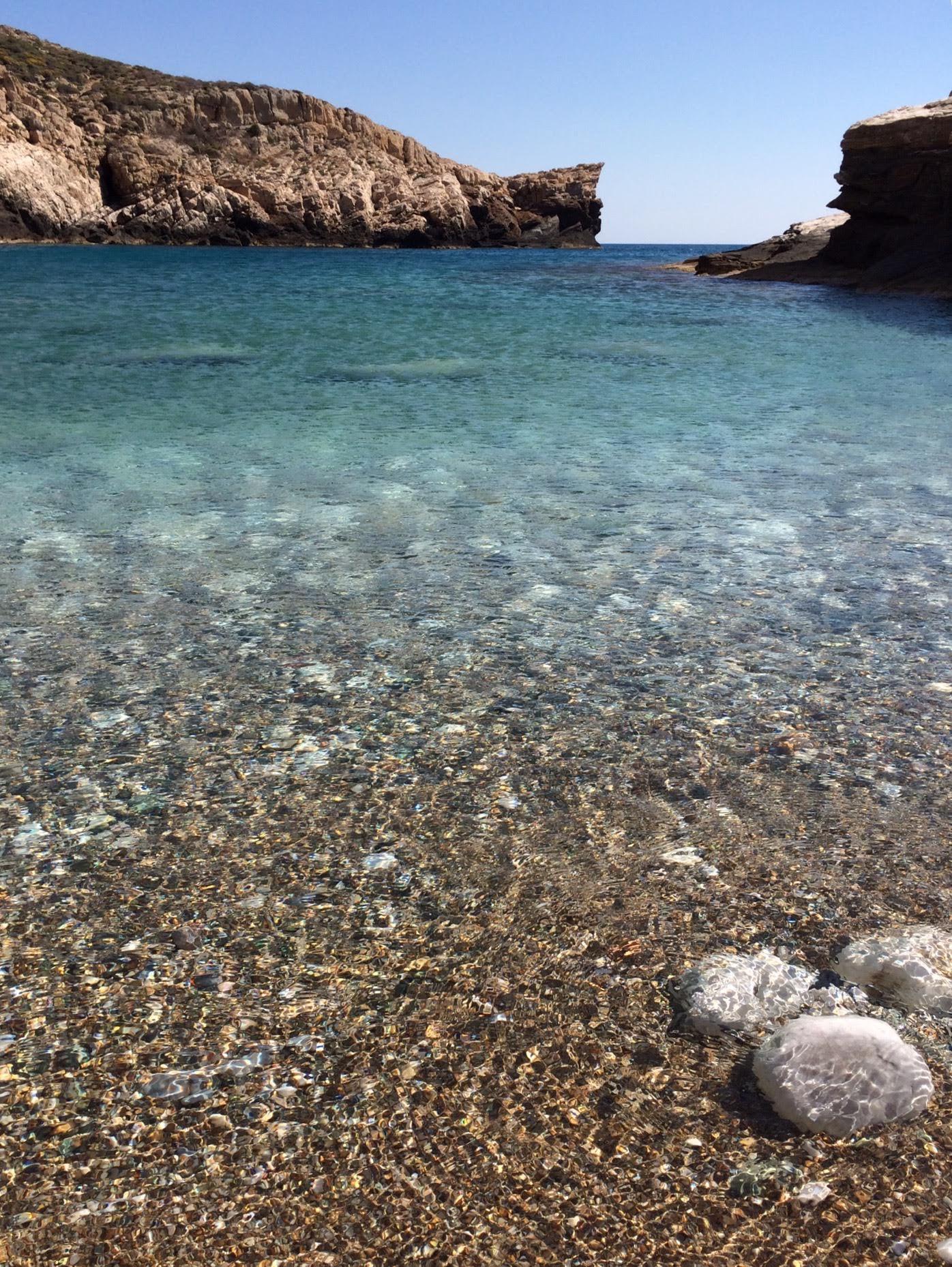 Livadaki Bay, Folegandros
