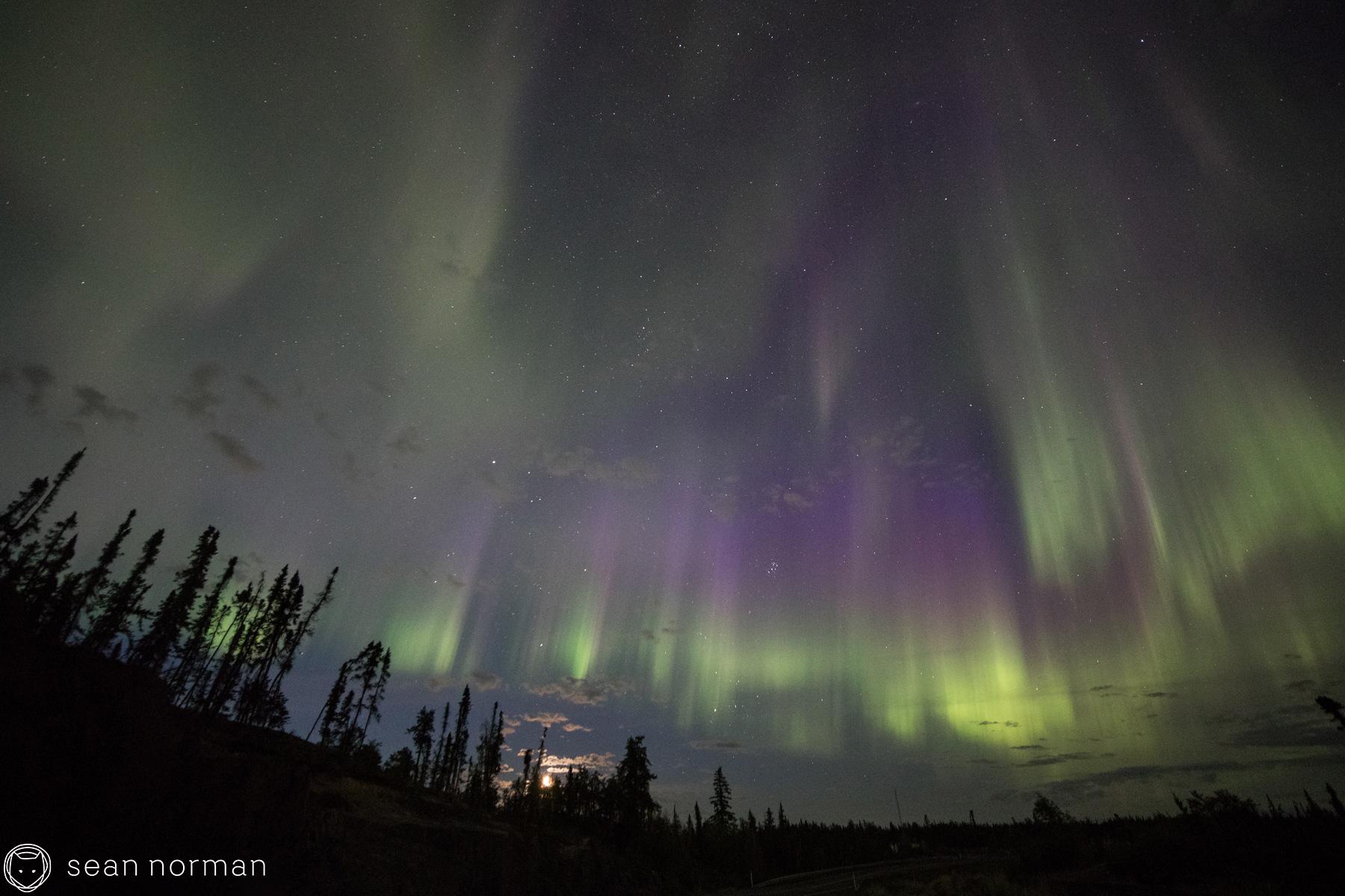 Autumn Auora Viewing in Yellowknife - Sean Norman Aurora Chaser - 9.jpg