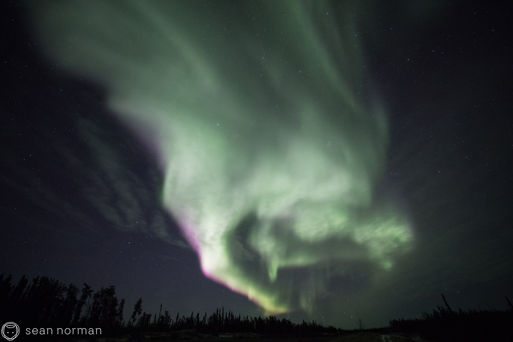Northern Lights Photography Tour - Yellowknife Canada - 4.jpg