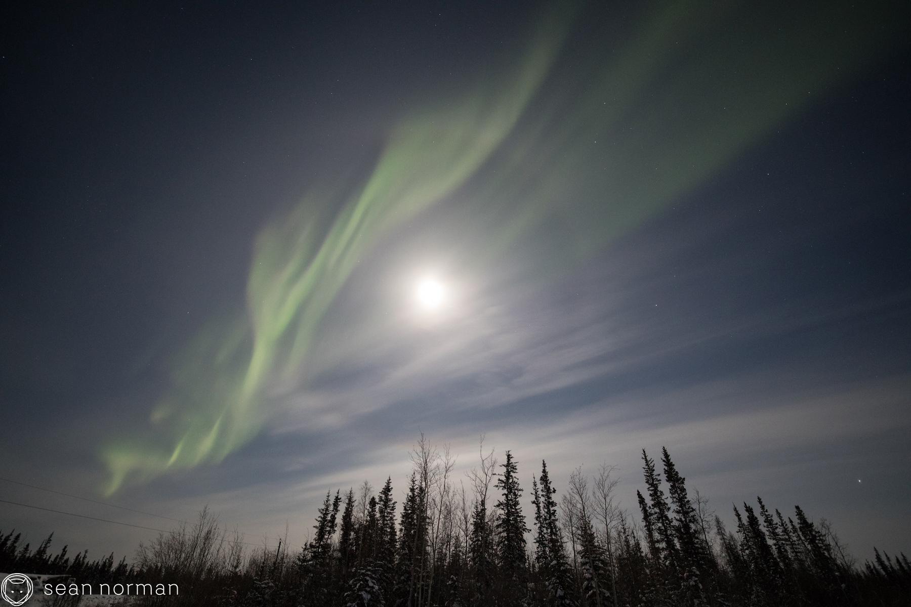 Yellowknife Northern Lights - Full Moon Aurora - Blog - 2.jpg