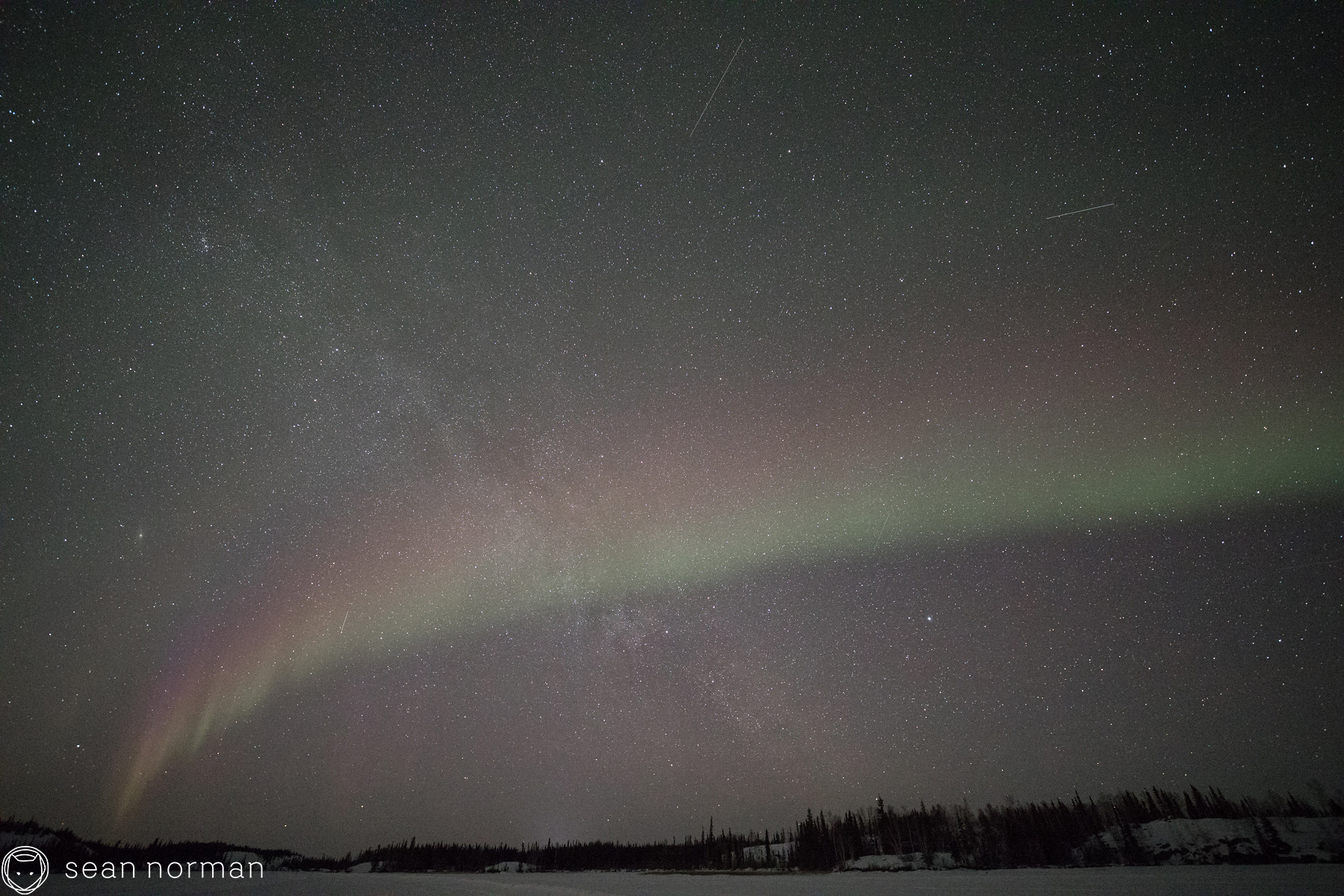Yellowknife Canada - The Best Place to See the Northern Lights - Tour Guide - 1.jpg