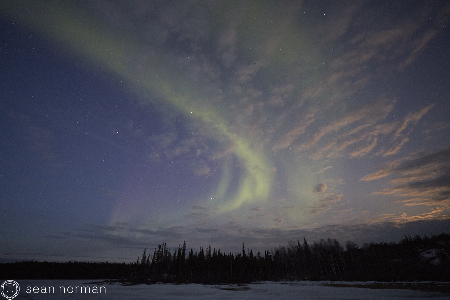 Yellowknife Canada Northern Lights Guide - Aurora Hunting Tour - 1.jpg