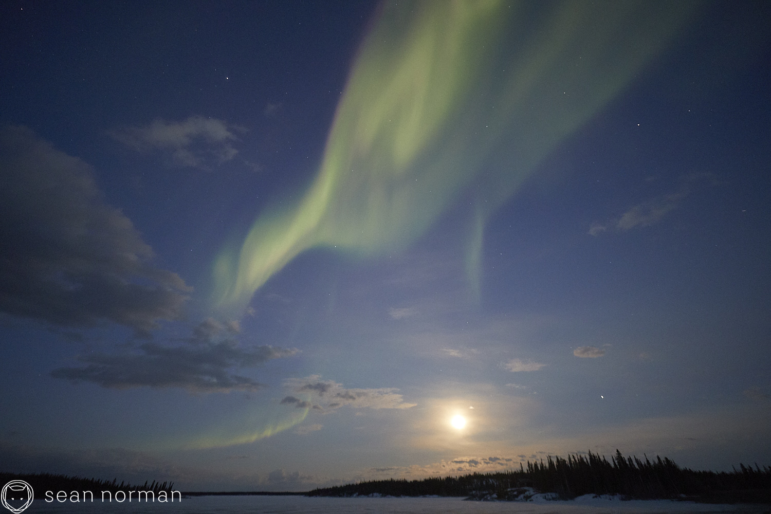Yellowknife Canada Northern Lights Guide - Aurora Hunting Tour - 5.jpg