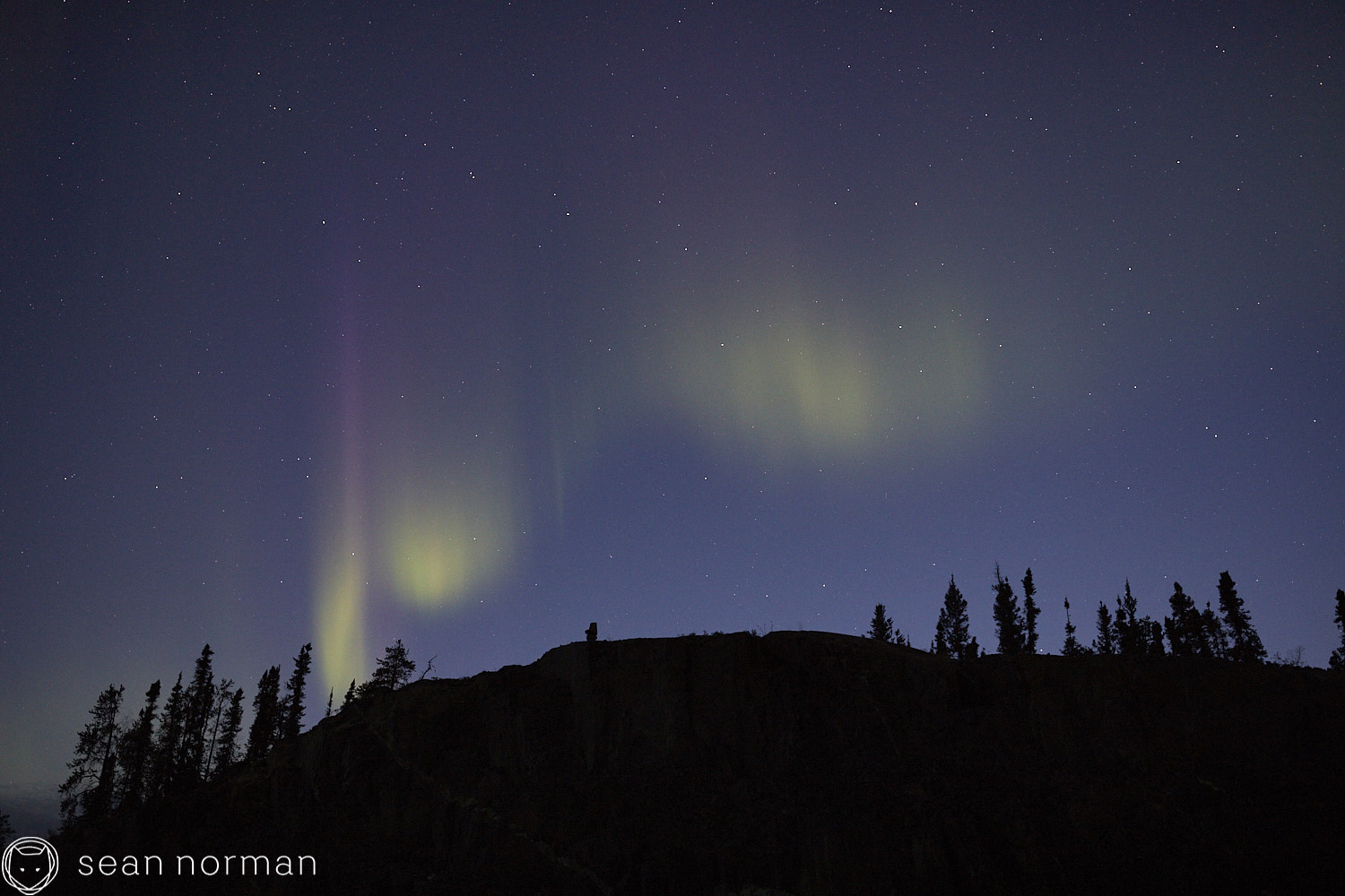 Yellowknife Aurora Guide - Northern Lights Tour - 02 1.jpg