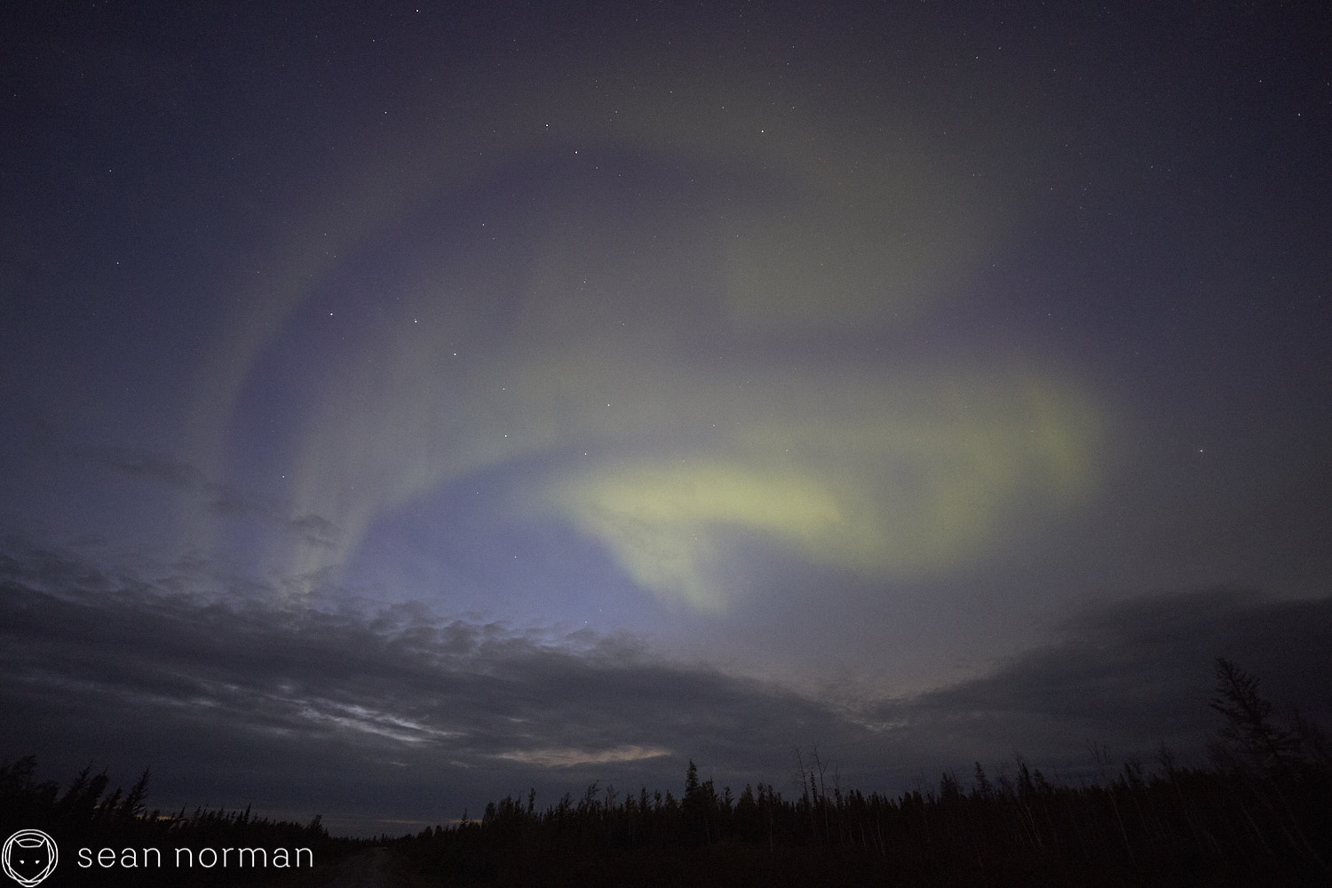 Yellowknife Aurora Guide - Northern Lights Tour - 01.jpg