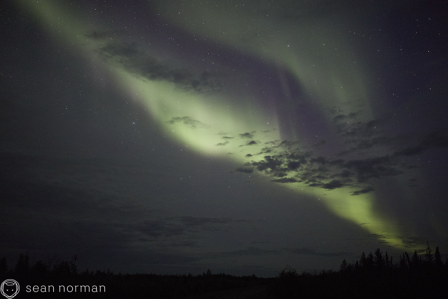 Yellowknife Aurora Guide - Northern Lights Tour - 02.jpg