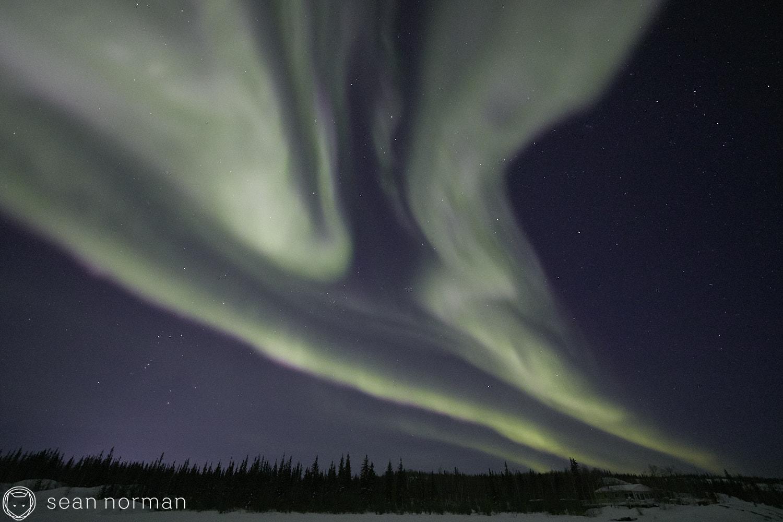 Yellowknife Aurora Tour Guide - Northern Light Photography - Aurora Chaser - 04.jpg