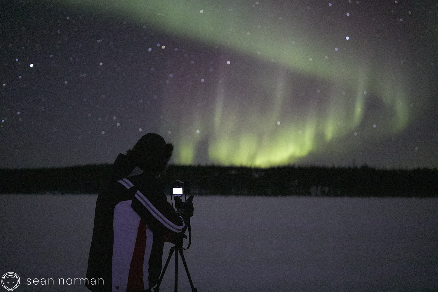 Yellowknife Aurora Tour Guide - Northern Light Photography - Aurora Chaser - 18.jpg