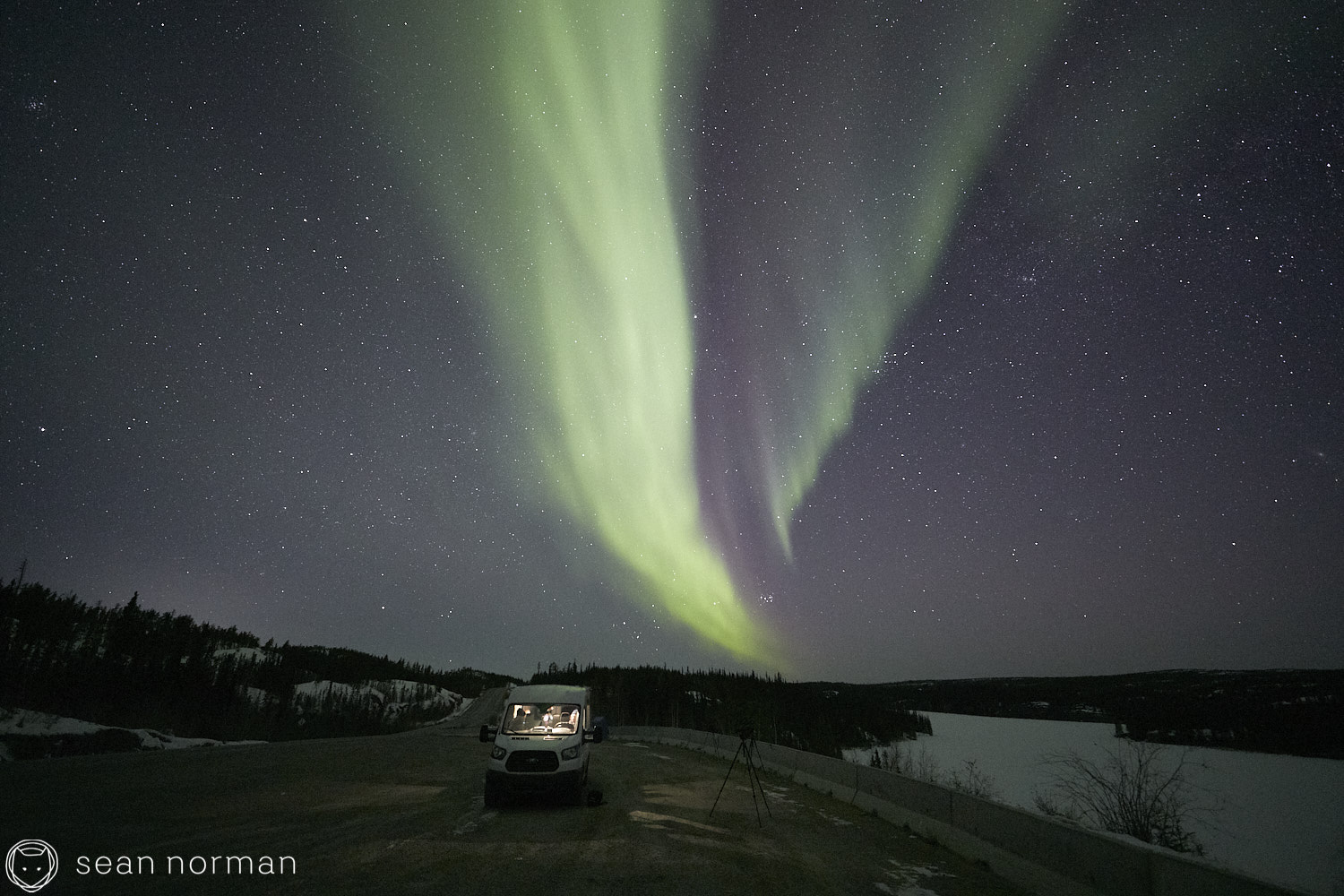 Yellowknife Aurora Tour - Northern Lights Canada - 05.jpg