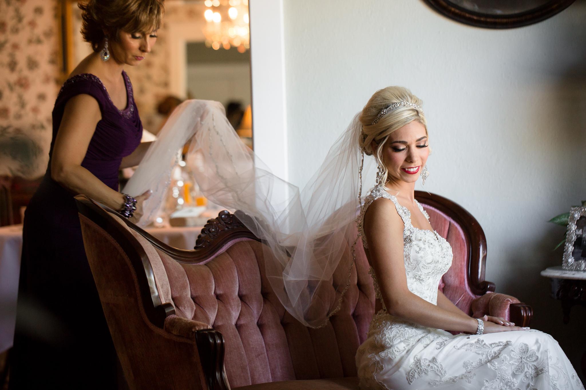 Statler-City-Buffalo-wedding-photographer- 0065.jpg