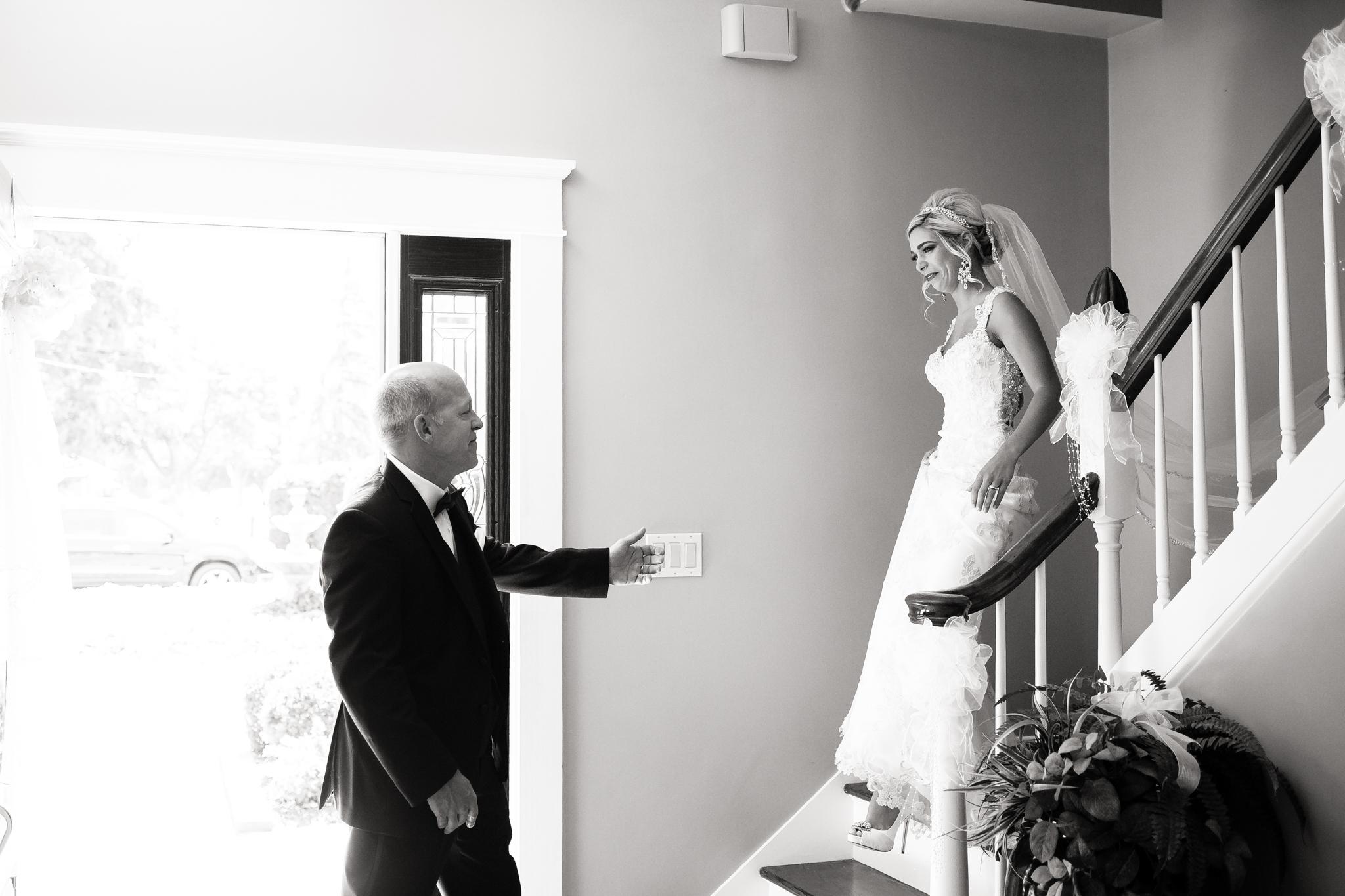 Statler-City-Buffalo-wedding-photographer- 0080bw.jpg