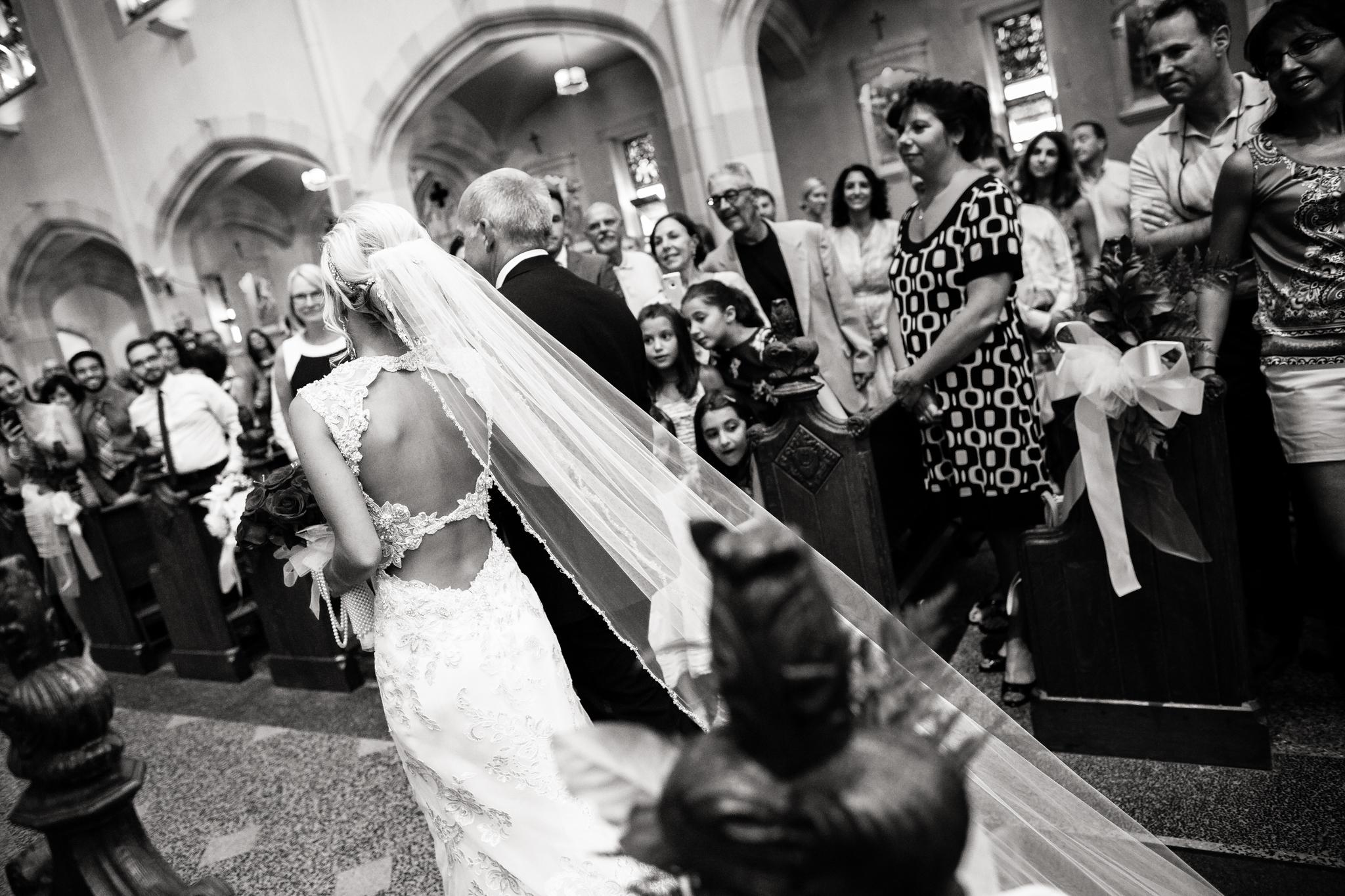 Statler-City-Buffalo-wedding-photographer- 0185bw.jpg