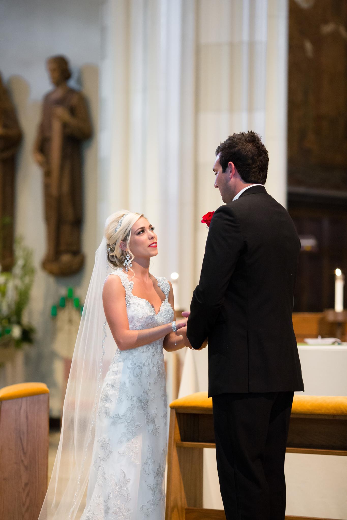 Statler-City-Buffalo-wedding-photographer- 0221.jpg