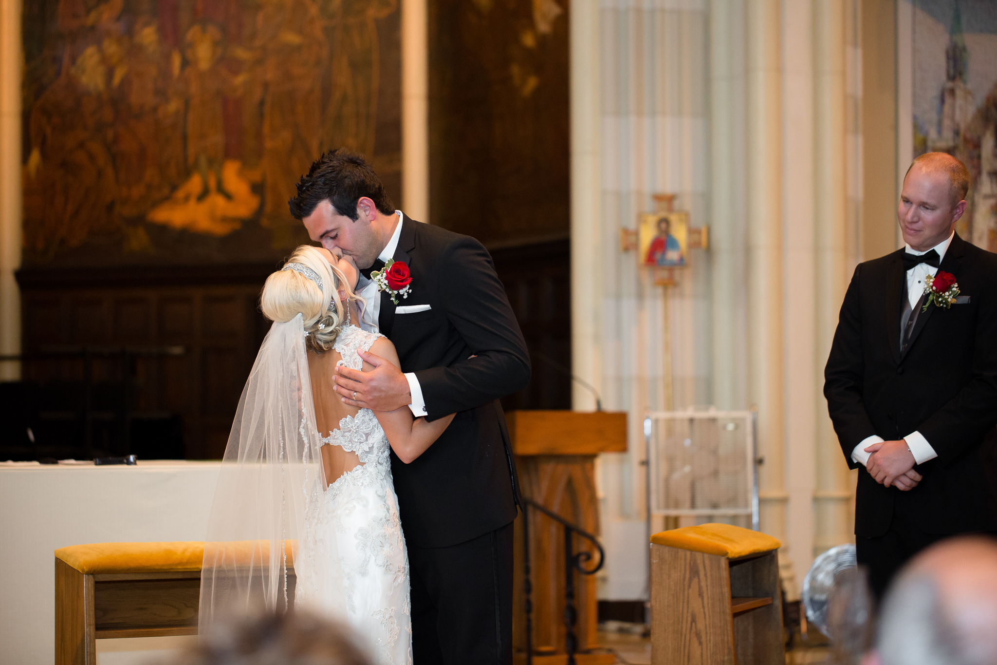 Statler-City-Buffalo-wedding-photographer- 0230.jpg