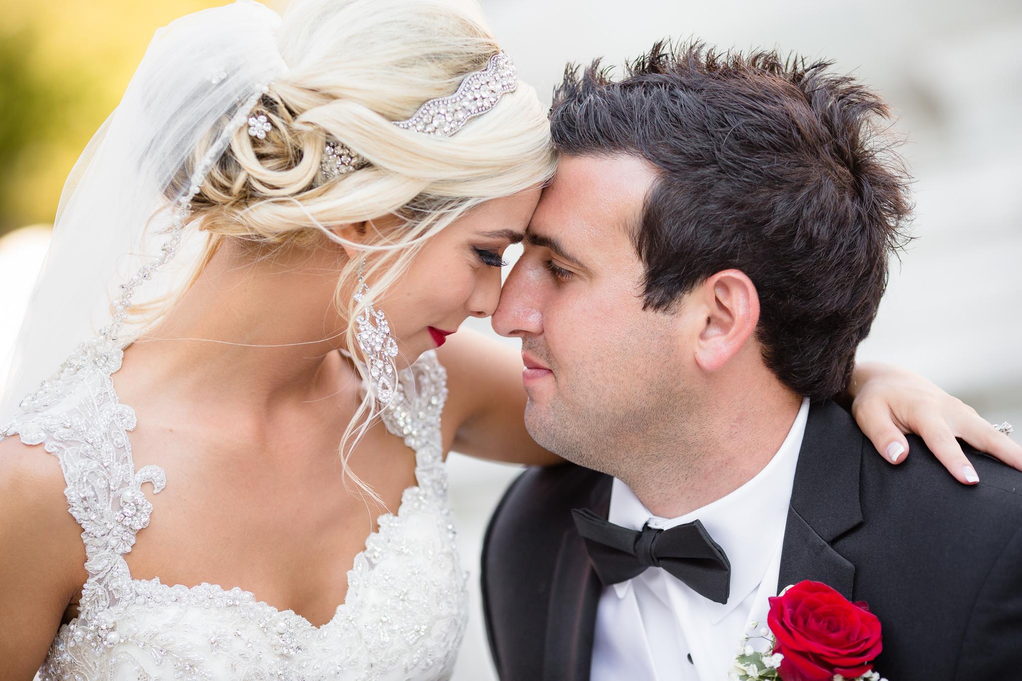 Statler-City-Buffalo-wedding-photographer- 0458.jpg