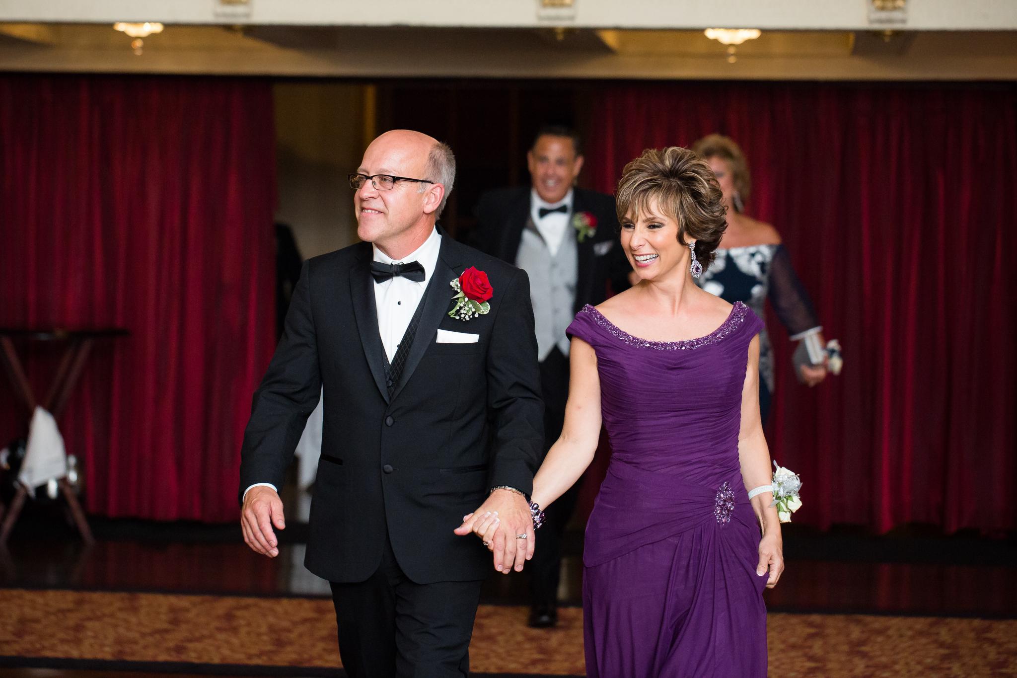 Statler-City-Buffalo-wedding-photographer- 0513.jpg