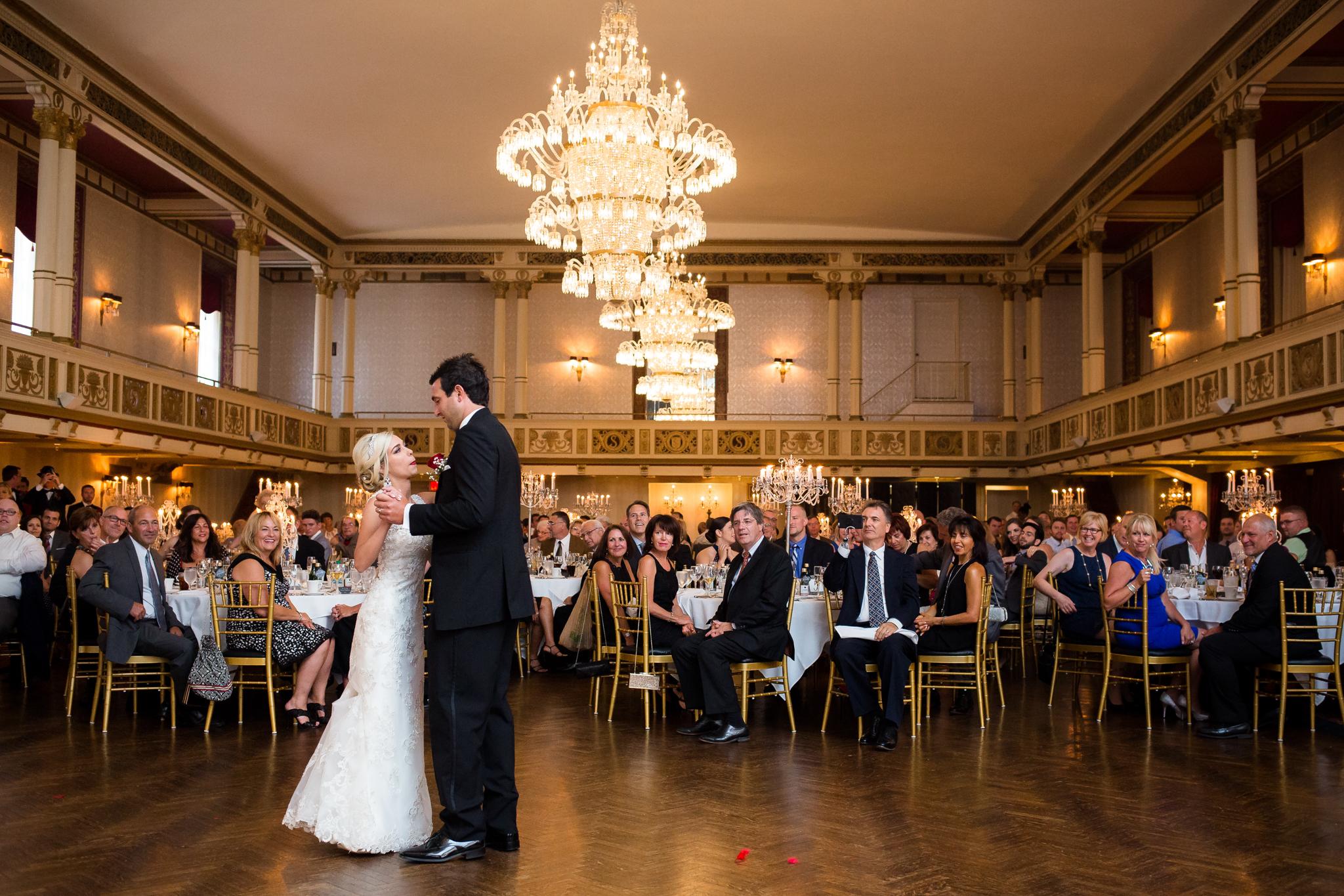 Statler-City-Buffalo-wedding-photographer- 0532.jpg