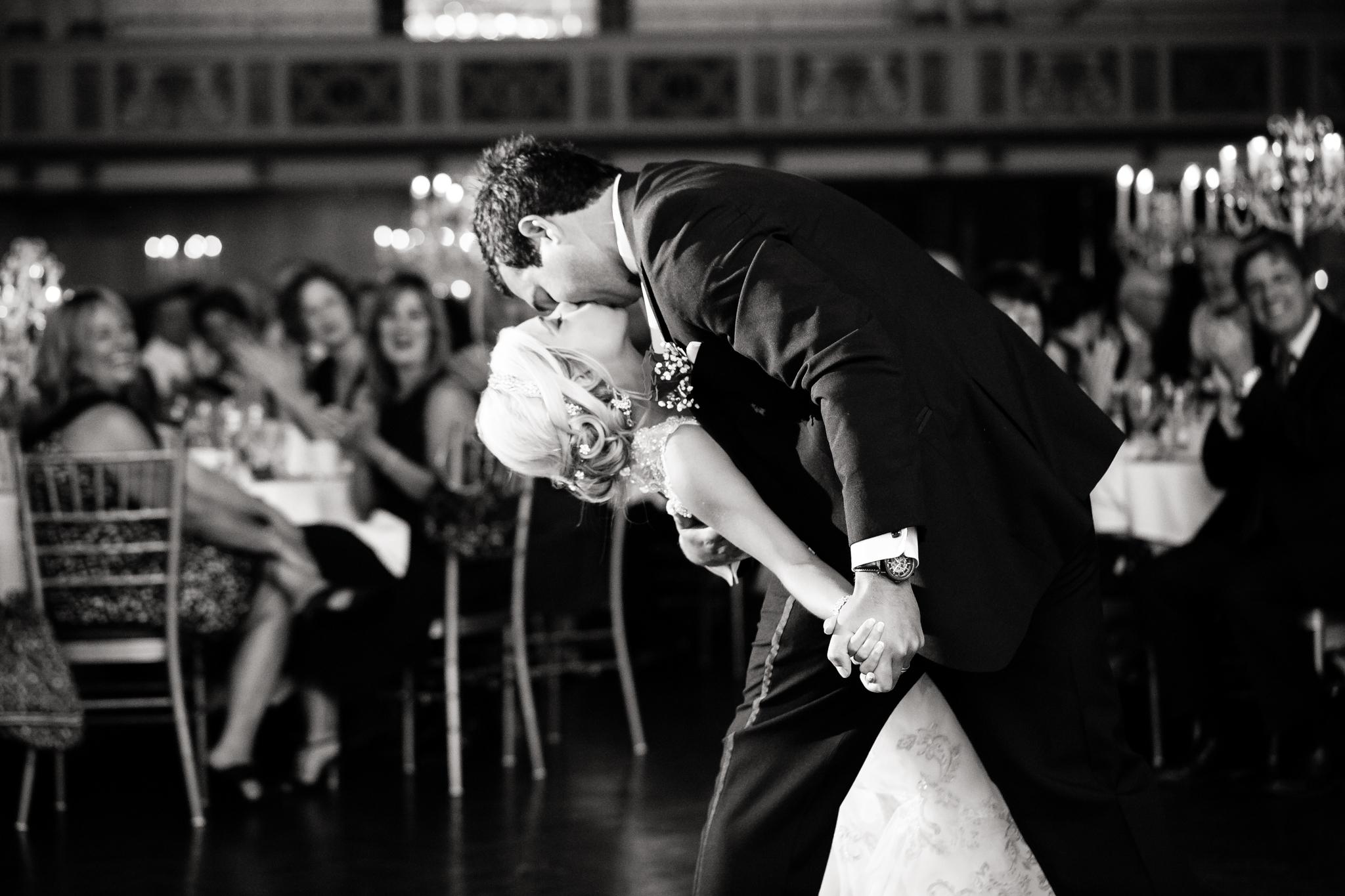 Statler-City-Buffalo-wedding-photographer- 0540bw.jpg