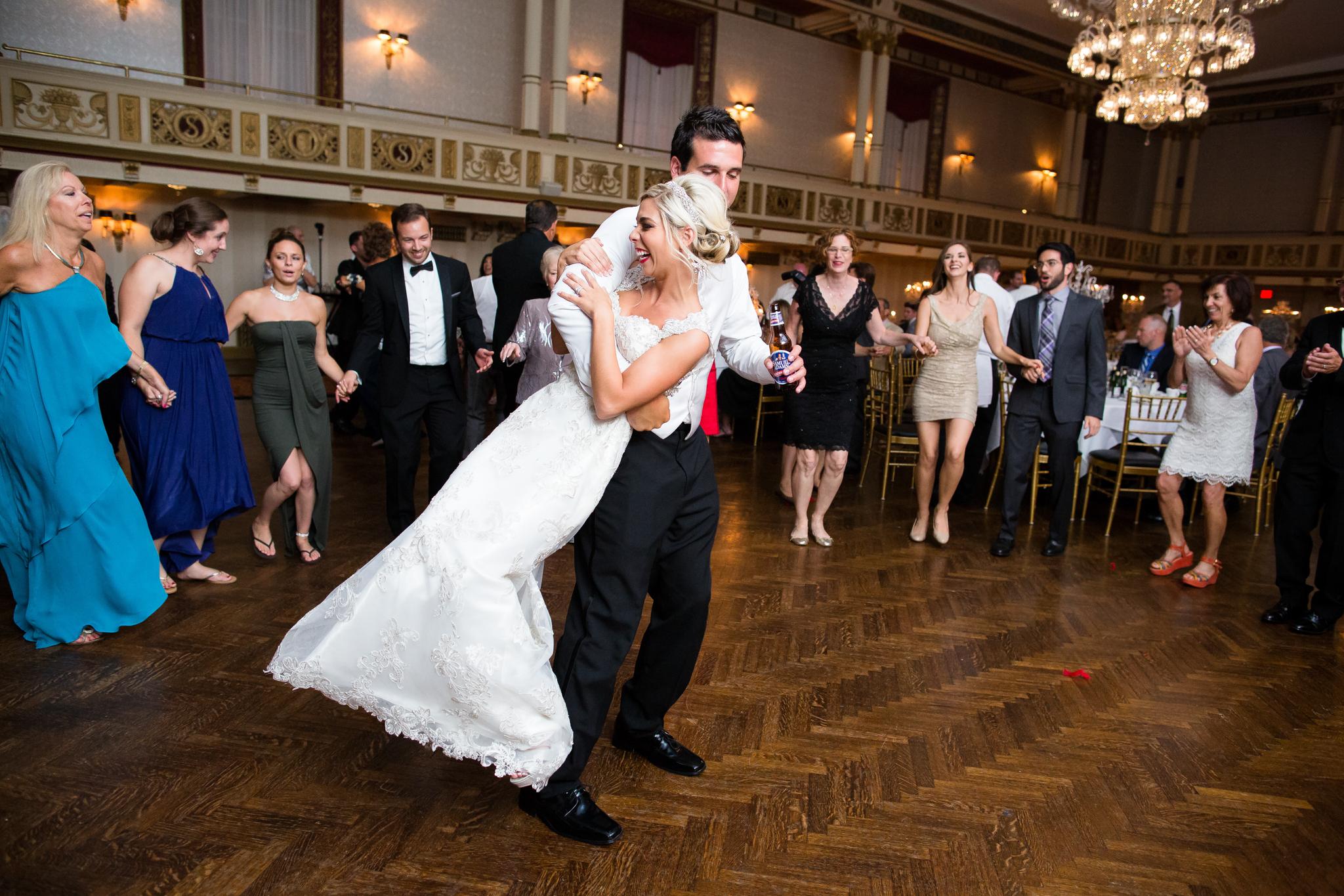 Statler-City-Buffalo-wedding-photographer- 0653.jpg