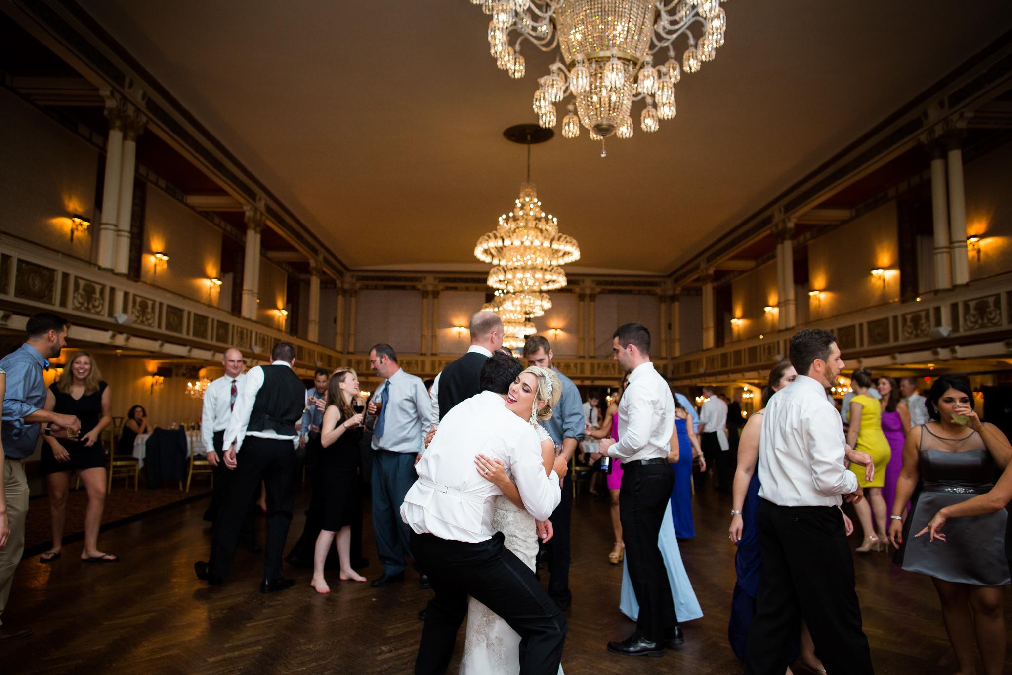 Statler-City-Buffalo-wedding-photographer- 0694.jpg
