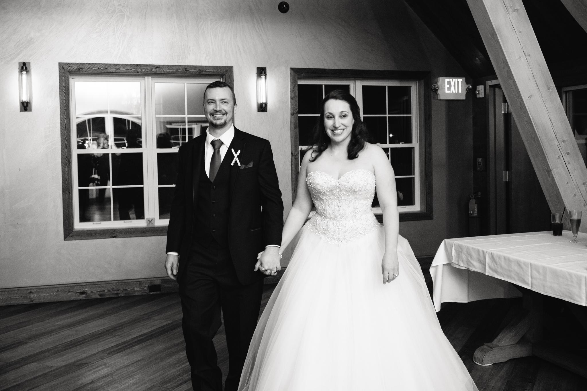 Ellicottville-Brewing-Company-EBC-Buffalo-Wedding-Vita-Bella-Photography-0161.jpg