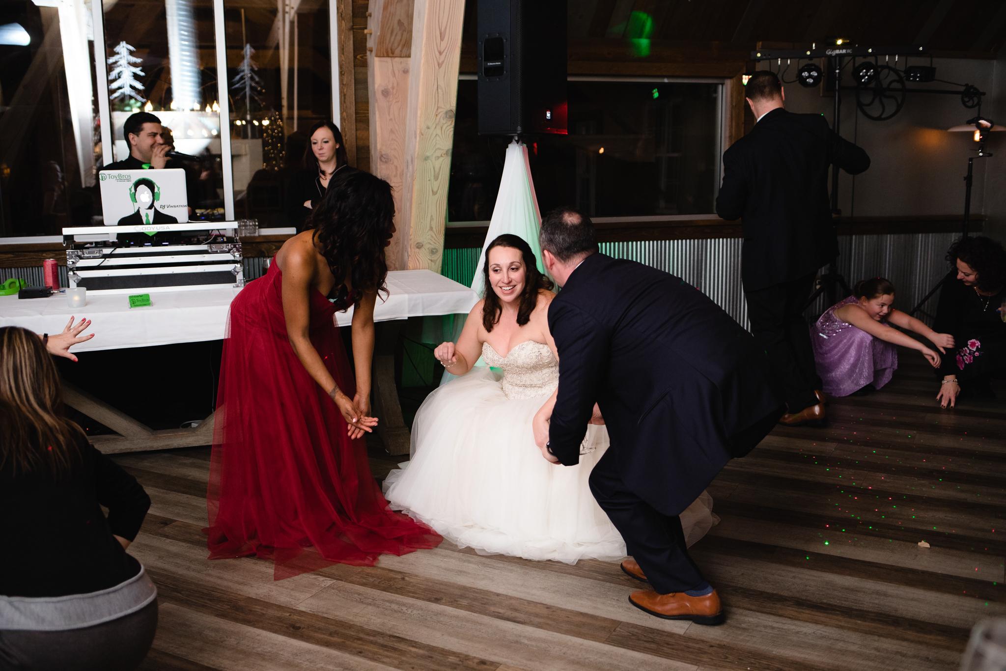 Ellicottville-Brewing-Company-EBC-Buffalo-Wedding-Vita-Bella-Photography-0196.jpg