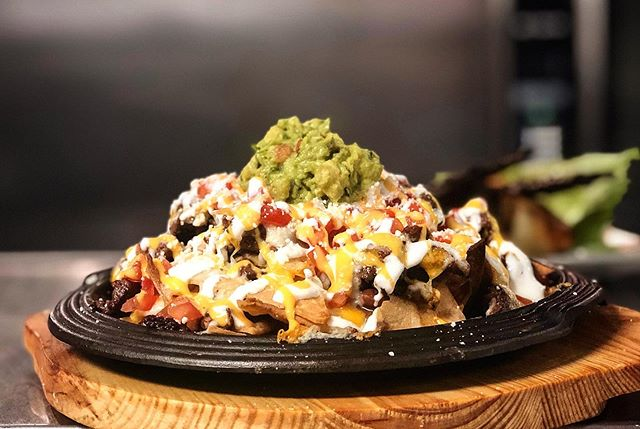 We're NACHO average restaurant.. good food is a GOOD MOOD here !! 😋🍽 #portchesterny #mexicanperuvian #westchestereats #westchesterbites #foodie #nachos #digin