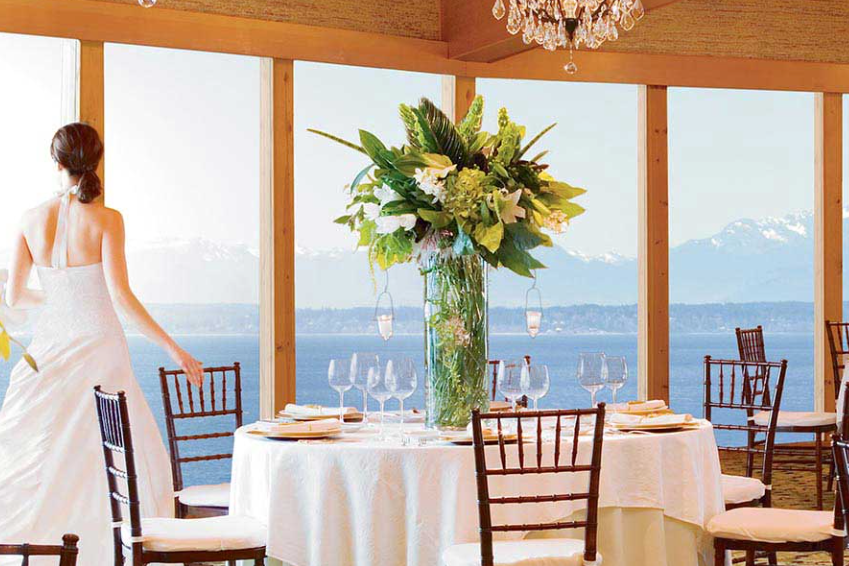 The Edgewater   206-728-7000   EMAIL   Celebrate the vision you've always imagined with the backdrop of majestic mountains, glistening water and velvety-pink sunsets.