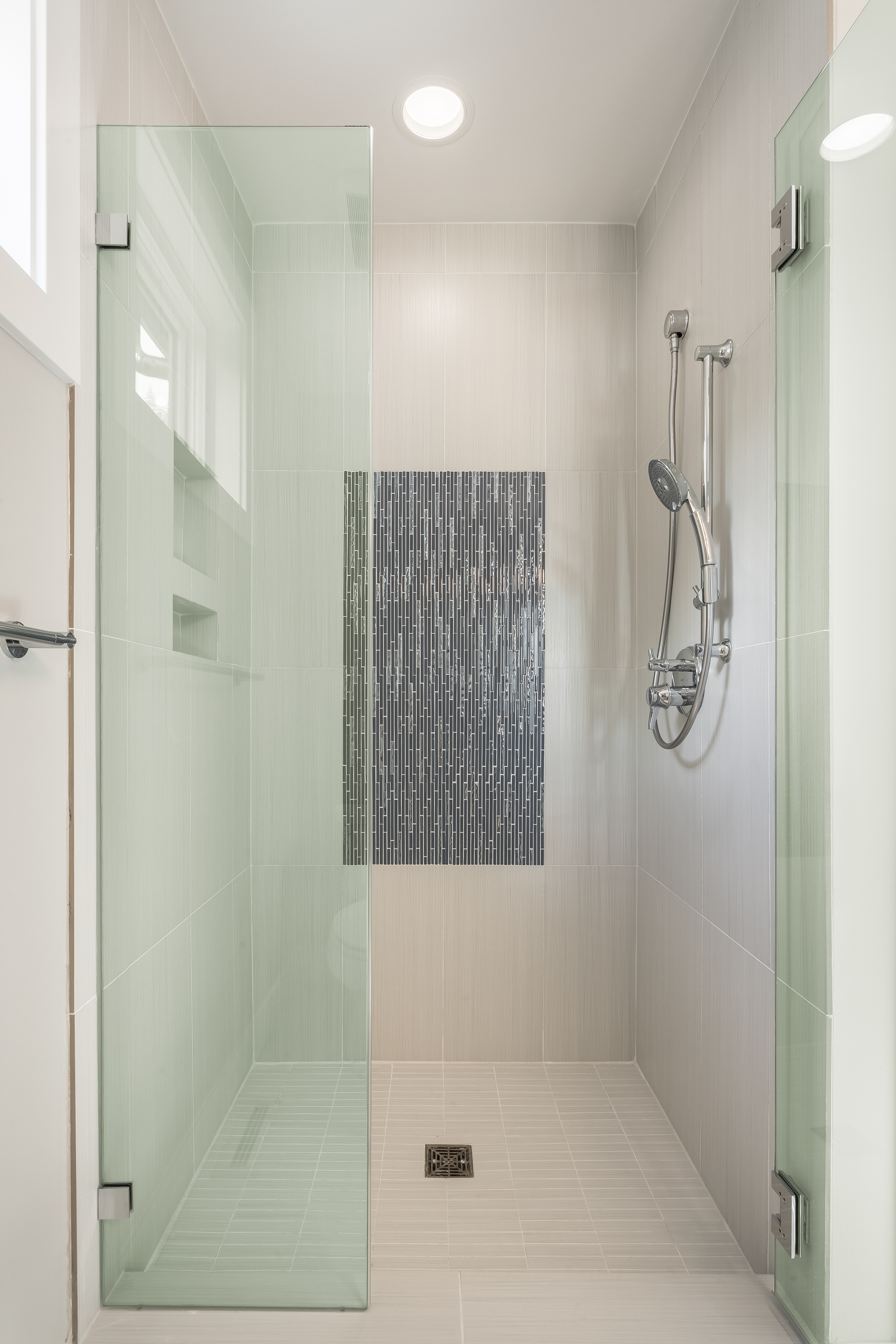 Lot 6 shower detail.jpg