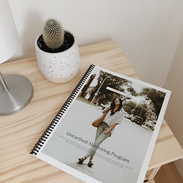 WHO wants to see more sneaks as to what's inside my mentoring workbook?! 👋🏼 ——this is my 85+ page workbook that I will be giving to all of my mentees this upcoming season and that we're going to be working through together as a portion of our mentoring program!! 🤩  Unearthed is a five week one-on-one in-depth mentoring program focused on giving you the tools to create, grow, and manage a healthy and sustainable business that reflects who you are and what you believe in. This mentoring program is open to anyone world-wide, as all of our meetings will be happening digitally via facetime or skype.  For six years, I've coached small business owners with my own method of diving deep into the core of who you are in order to curate a belief statement that will drive business decisions - big or small - from here on out, as well as aid in speaking directly to your own ideal clientele.  With my brand new program - Unearthed - I'm taking the program many steps further, and braiding the development of your own unique belief statement with practical hands-on tools and systems to build and sustain an unshakable business foundation. 🥳 registration opens September 25th and CLOSES September 27th — more info is available at the link in my bio, and I'm always available to answer questions.