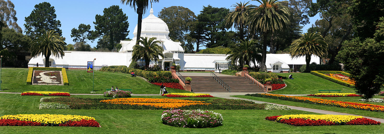 Conservatory_of_Flowers_in_Golden_Gate_Park,_San_Francisco.jpg