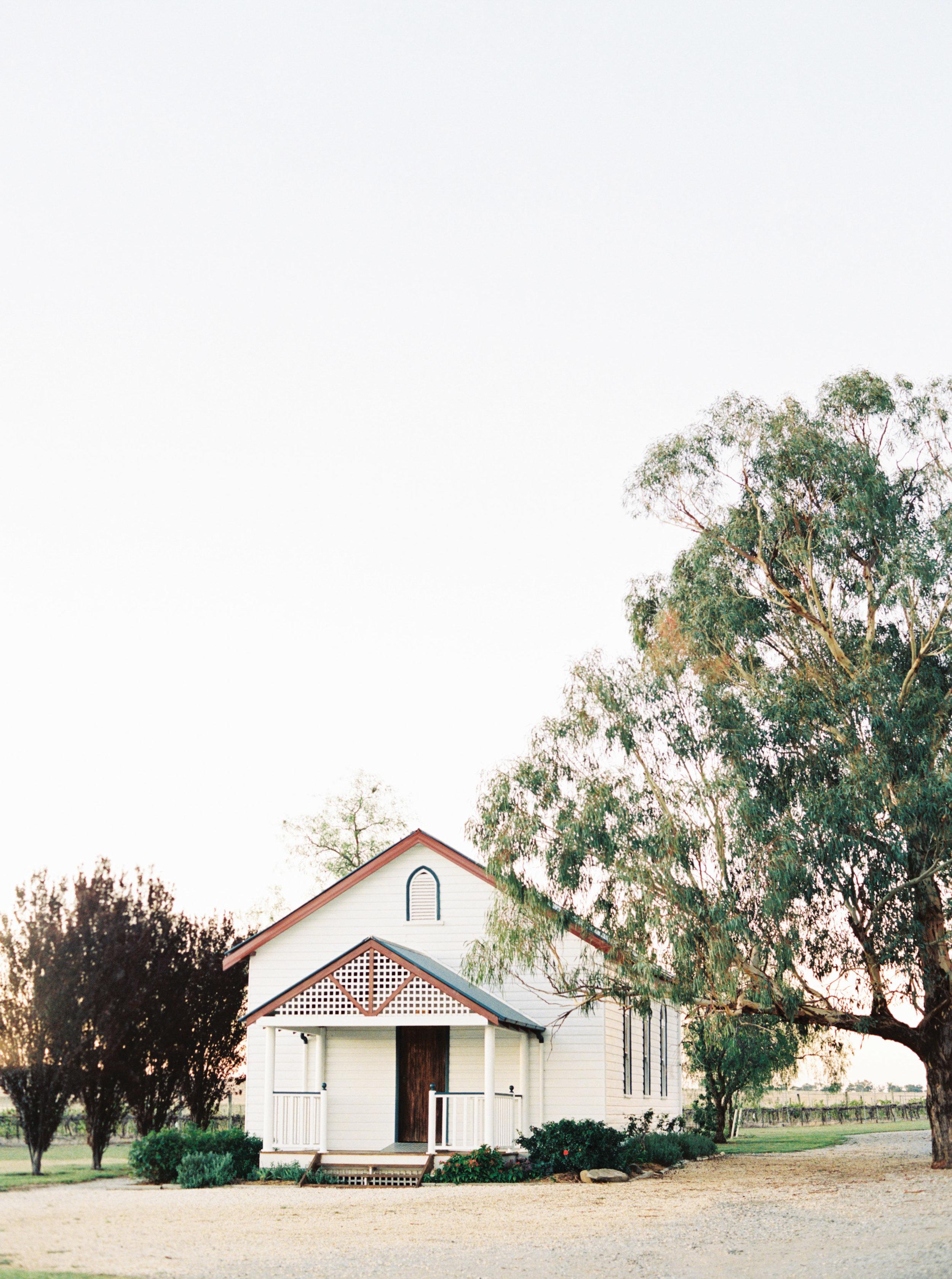 00021- Tamworth NSW Wedding Photographer Sheri McMahon-2.jpg