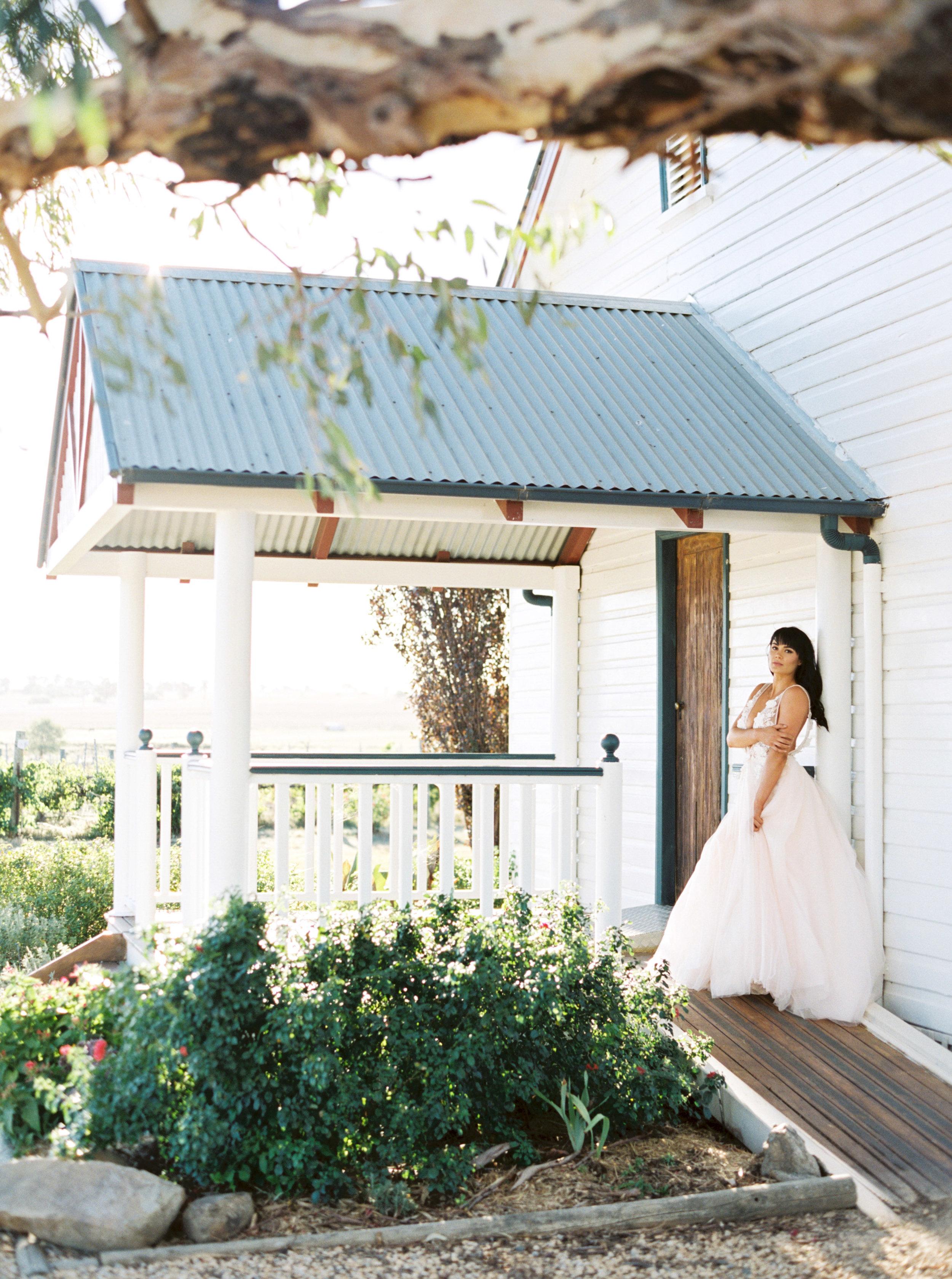 00023- Tamworth NSW Wedding Photographer Sheri McMahon-2.jpg