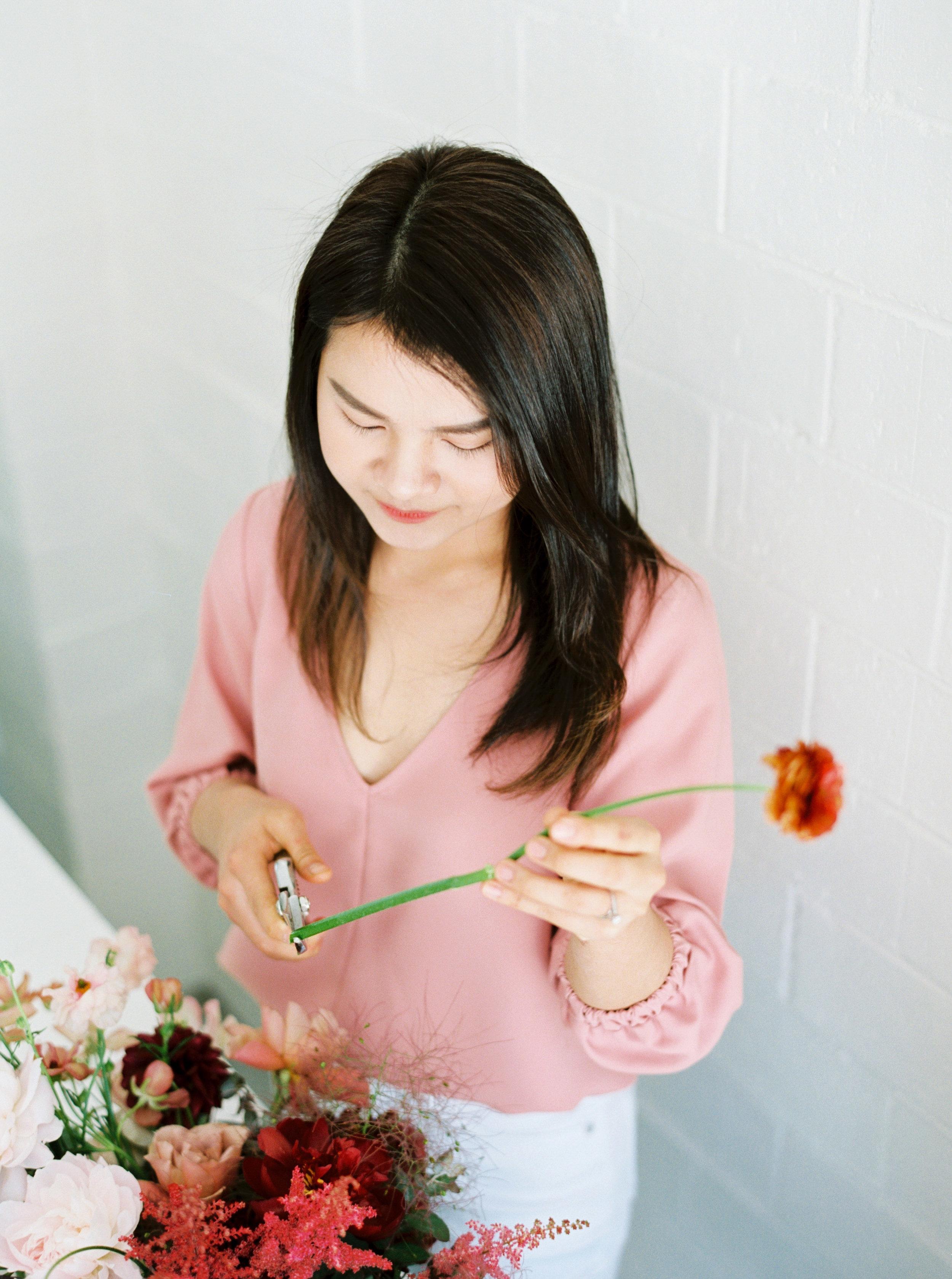 00009- Sydney Wedding Florist Flower Arrangement Mudgee Orange NSW Fine Art Film Lifestyle Photographer Sheri McMahon_.jpg
