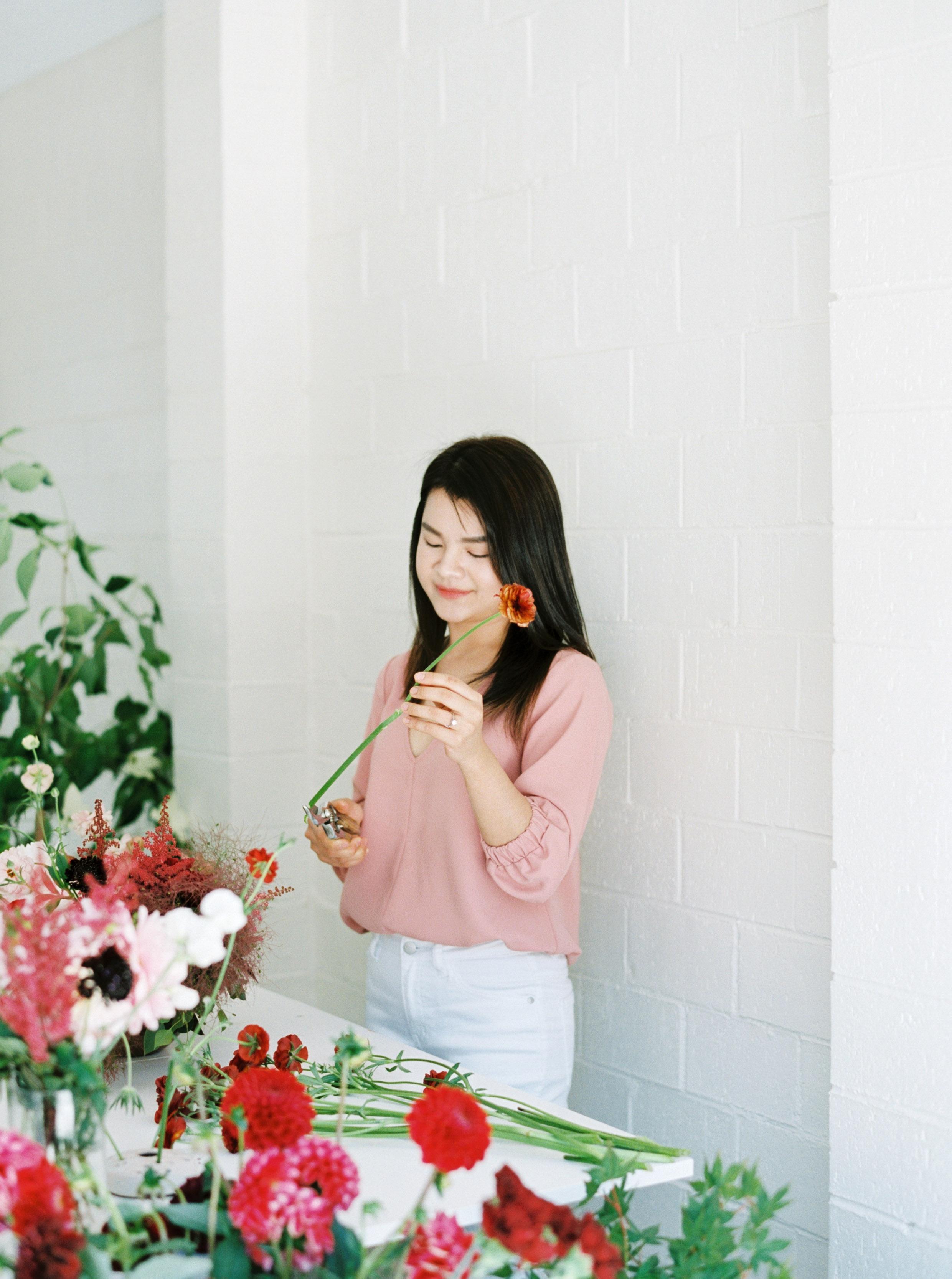 00014- Sydney Wedding Florist Flower Arrangement Mudgee Orange NSW Fine Art Film Lifestyle Photographer Sheri McMahon_.jpg