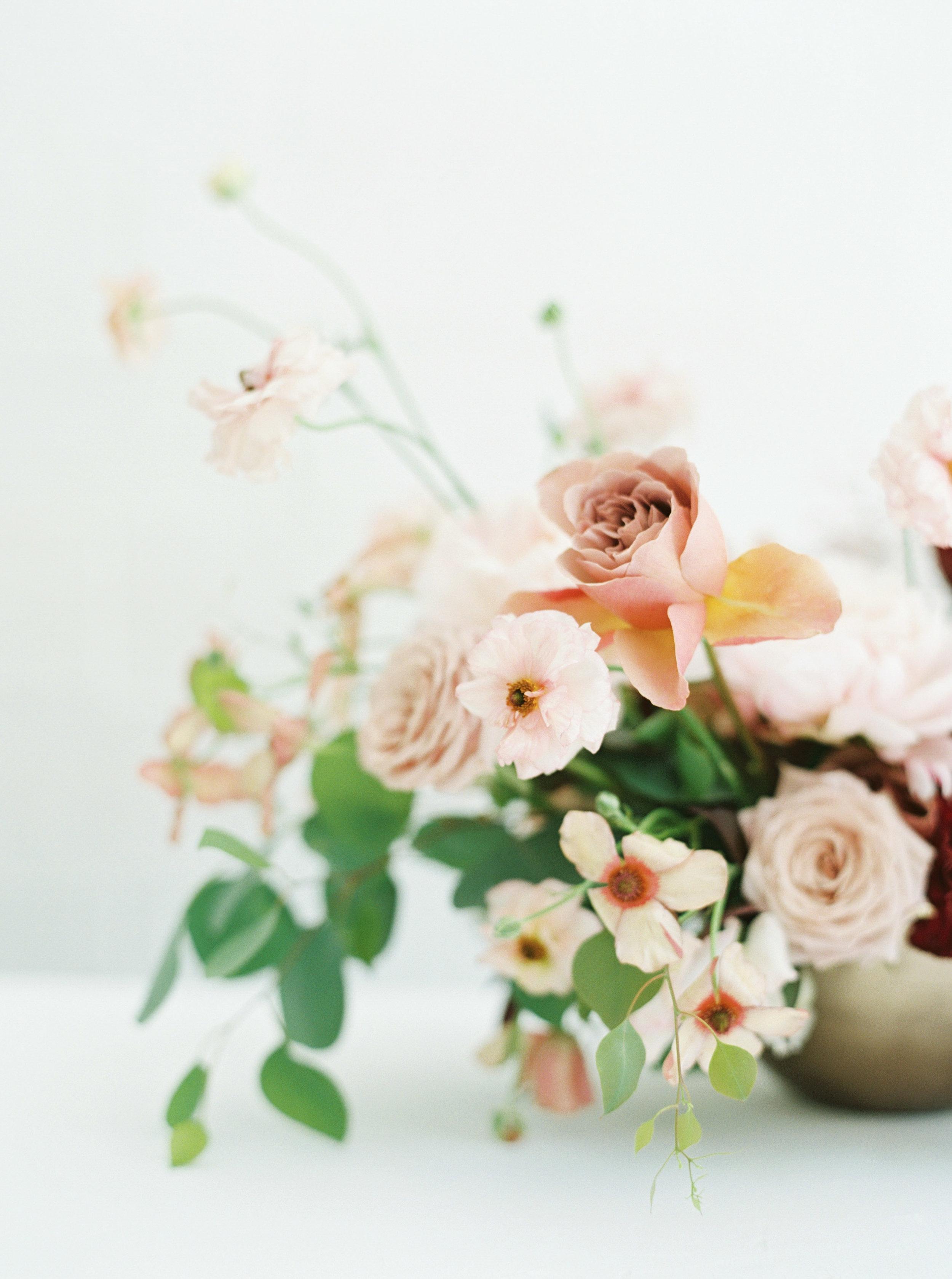00016- Sydney Wedding Florist Flower Arrangement Mudgee Orange NSW Fine Art Film Lifestyle Photographer Sheri McMahon_.jpg