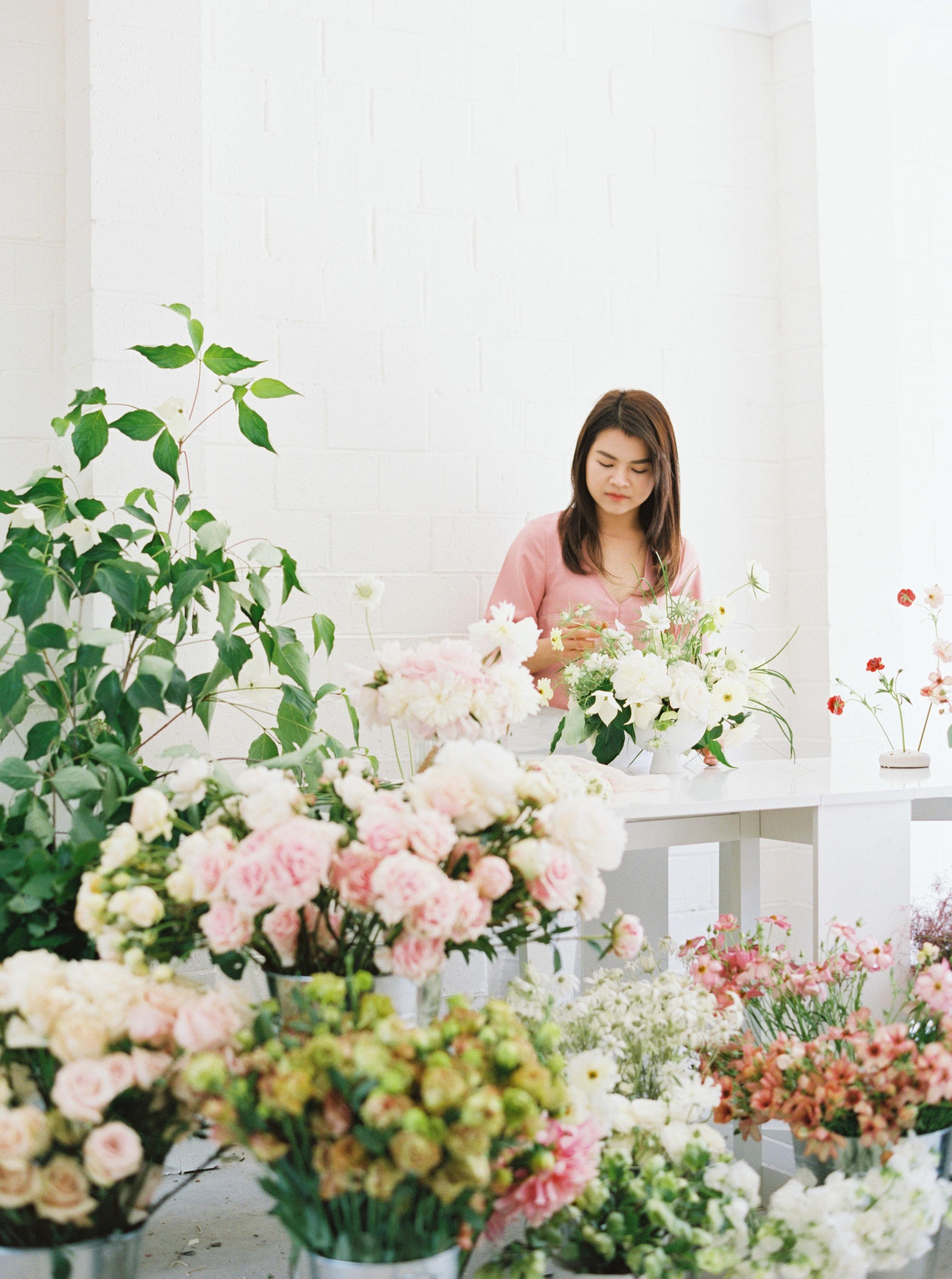 00018- Sydney Wedding Florist Flower Arrangement Mudgee Orange NSW Fine Art Film Lifestyle Photographer Sheri McMahon_.jpg