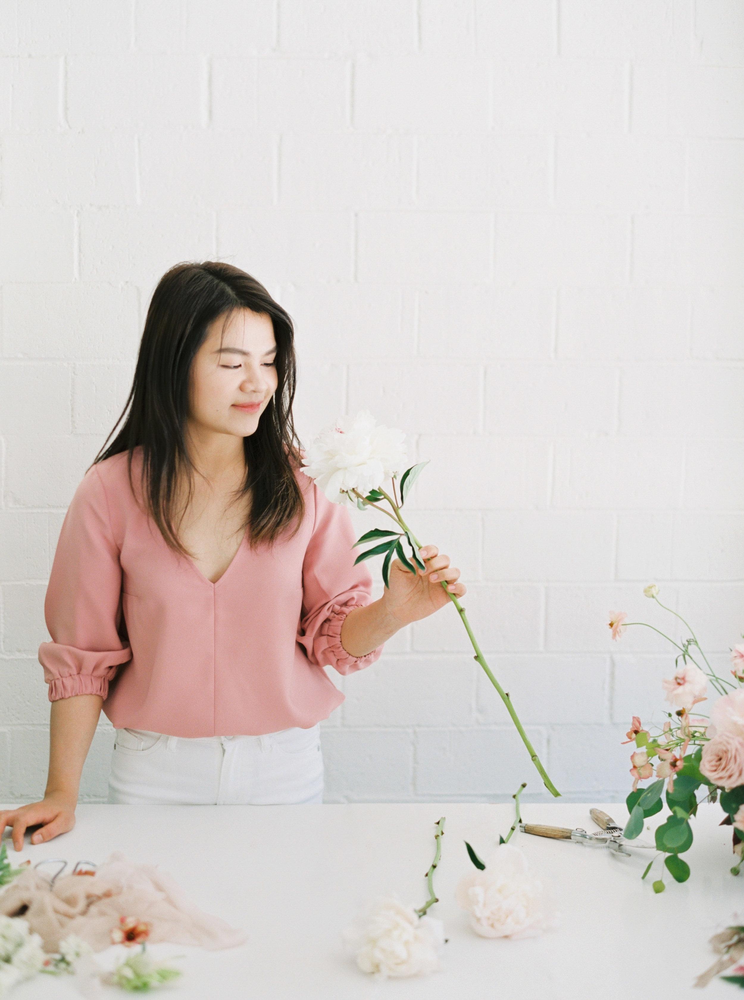 00019- Sydney Wedding Florist Flower Arrangement Mudgee Orange NSW Fine Art Film Lifestyle Photographer Sheri McMahon_.jpg