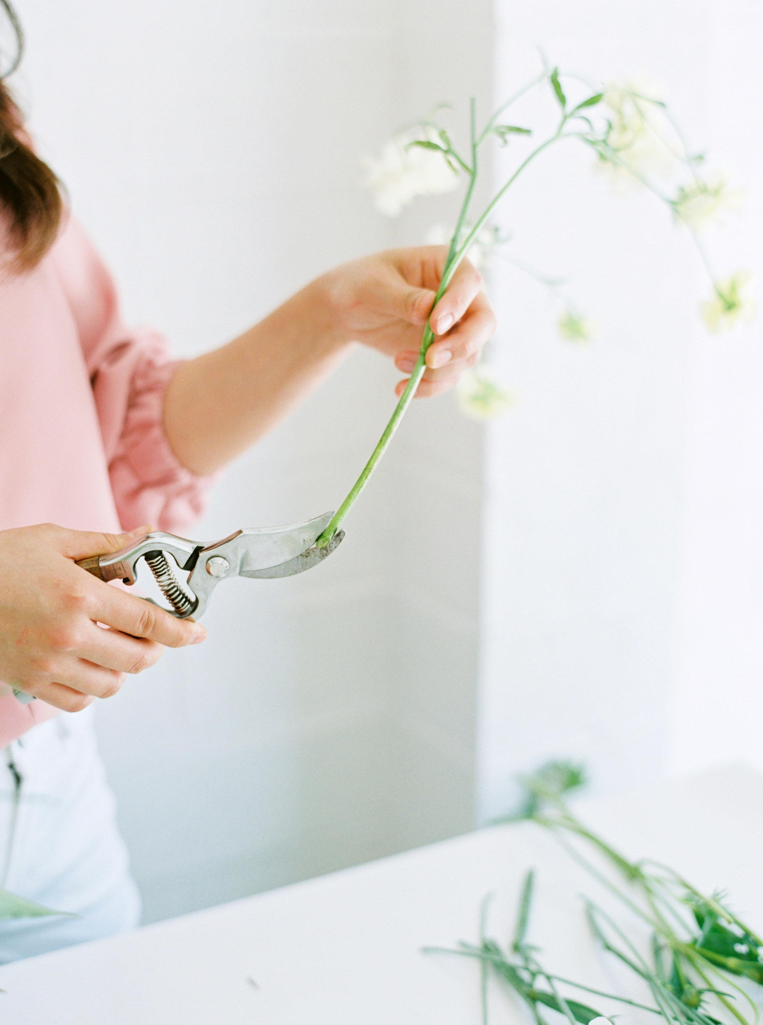 00020- Sydney Wedding Florist Flower Arrangement Mudgee Orange NSW Fine Art Film Lifestyle Photographer Sheri McMahon_.jpg