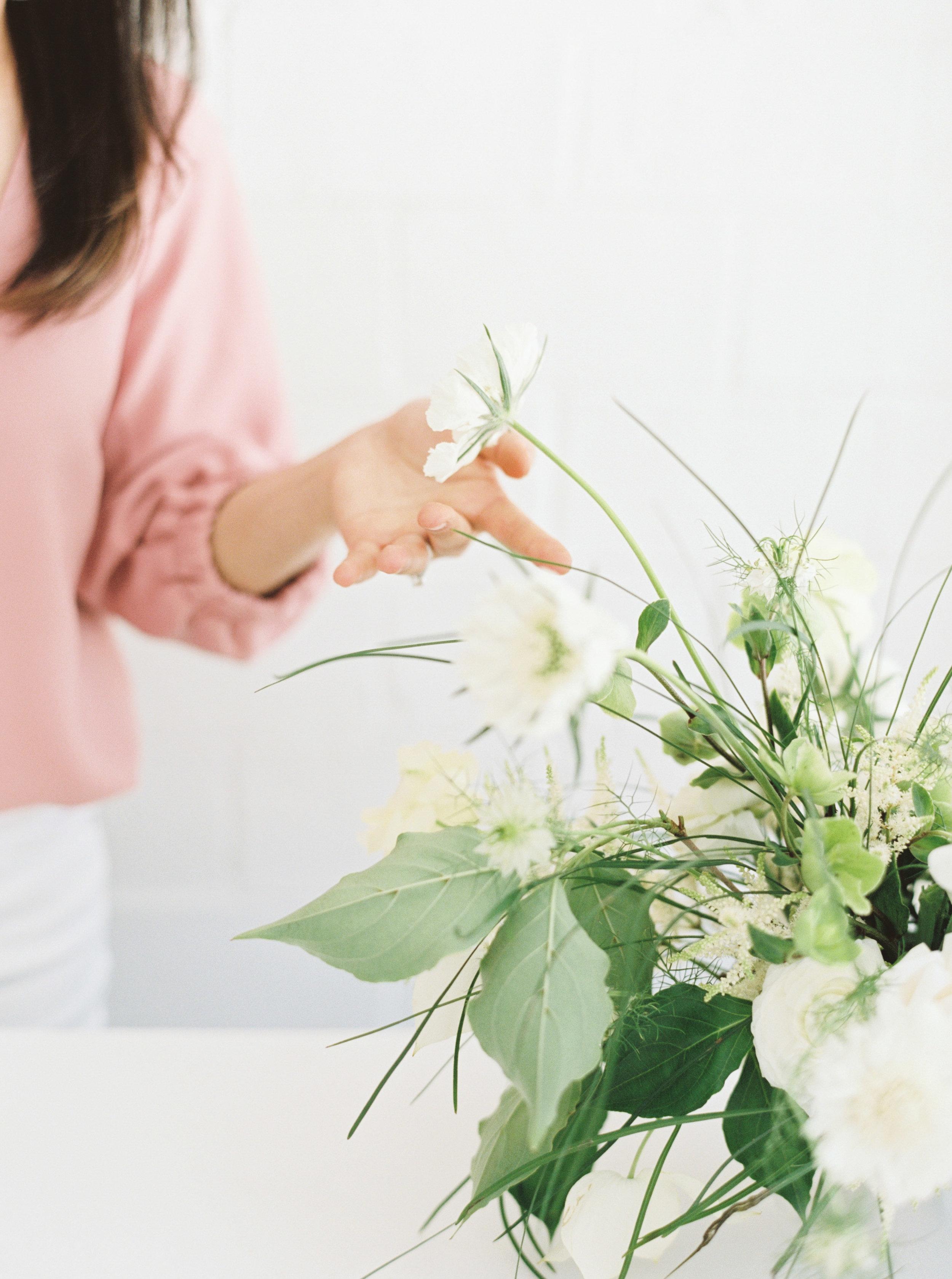 00027- Sydney Wedding Florist Flower Arrangement Mudgee Orange NSW Fine Art Film Lifestyle Photographer Sheri McMahon_.jpg
