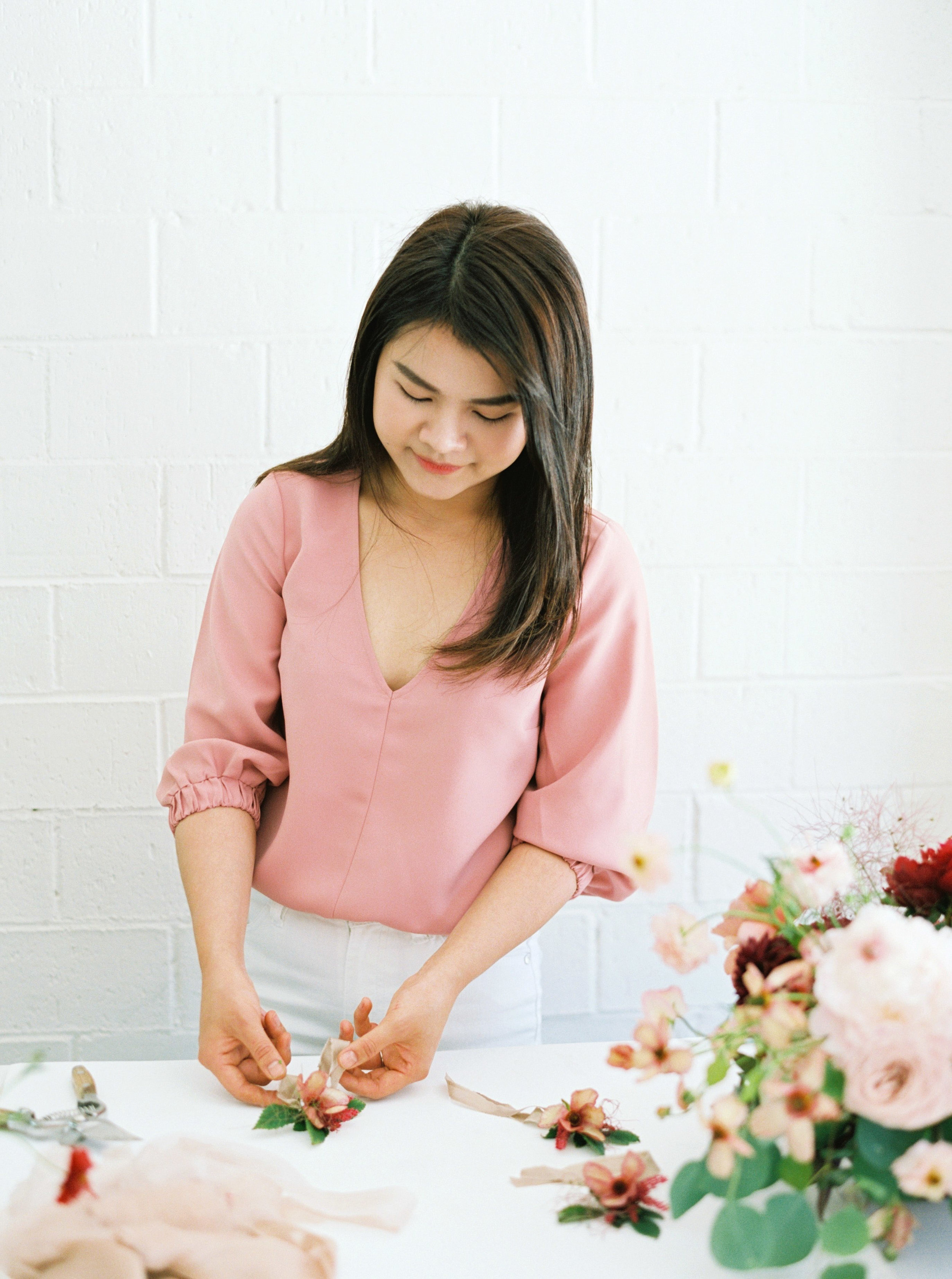 00036- Sydney Wedding Florist Flower Arrangement Mudgee Orange NSW Fine Art Film Lifestyle Photographer Sheri McMahon_.jpg