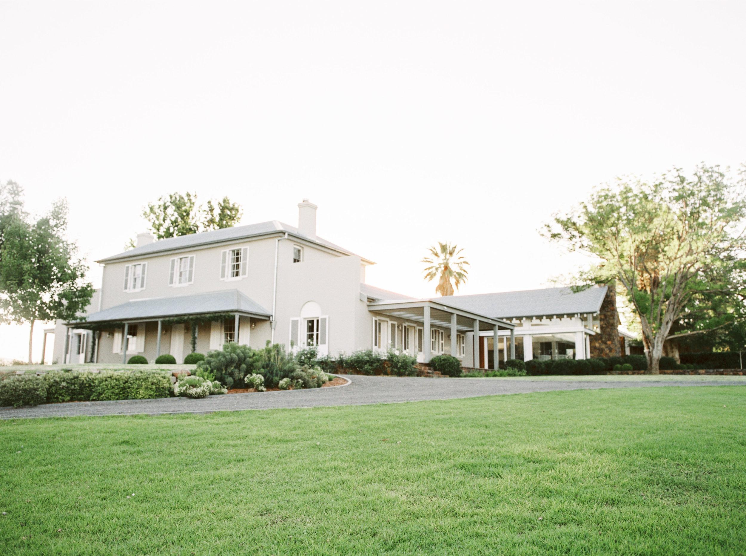 Goonoo Goonoo Station Wedding Photographer Sheri McMahon - NSW wedding venue Goonoo Goonoo Station - best Luxury Wedding Venues Australia