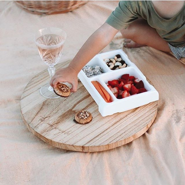 Our removable trays make the perfect platter for the kiddos 👌🏼 pic via @tezie