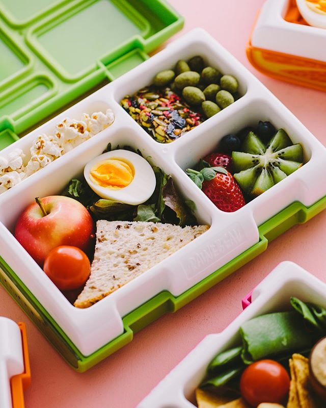 Mouthwatering lunchboxes courtesy of us!! 🌈 #rainebeaubento