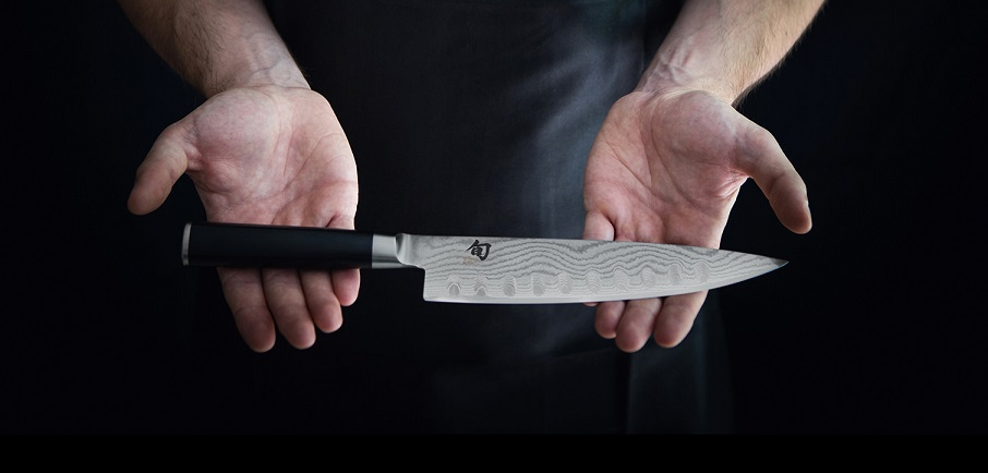 Top-5-gifts-for-the-chef-in-your-life-shun-knife.png