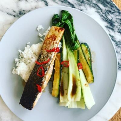 Salmon w chili + asian greens