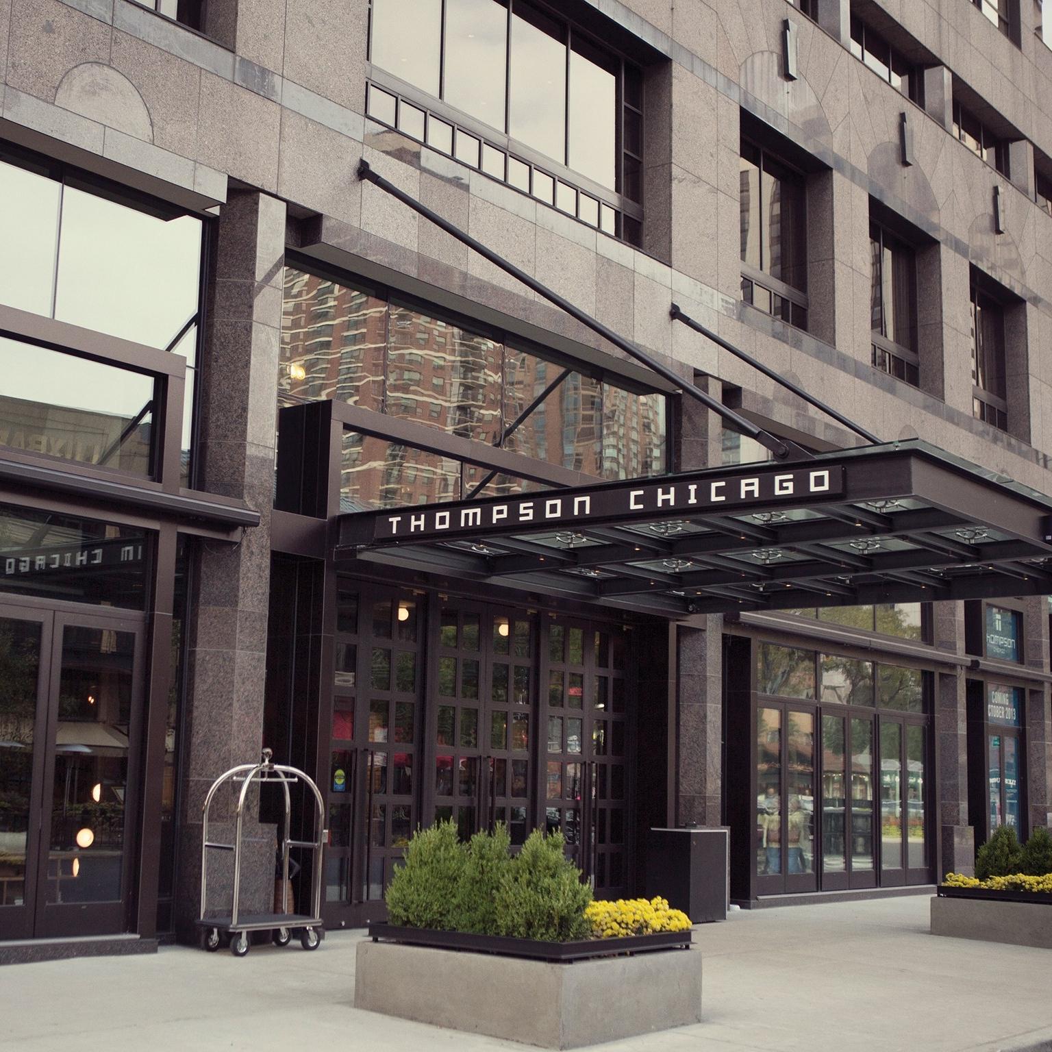 Exterior-ThompsonChicago-ChicagoIL-CRHotel.jpg