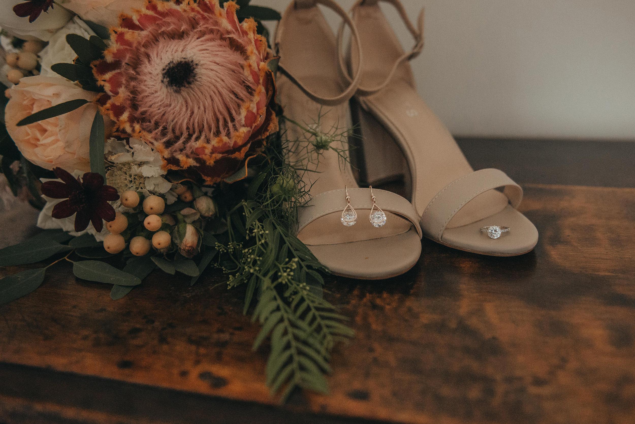 L+R Wedding-117.jpg